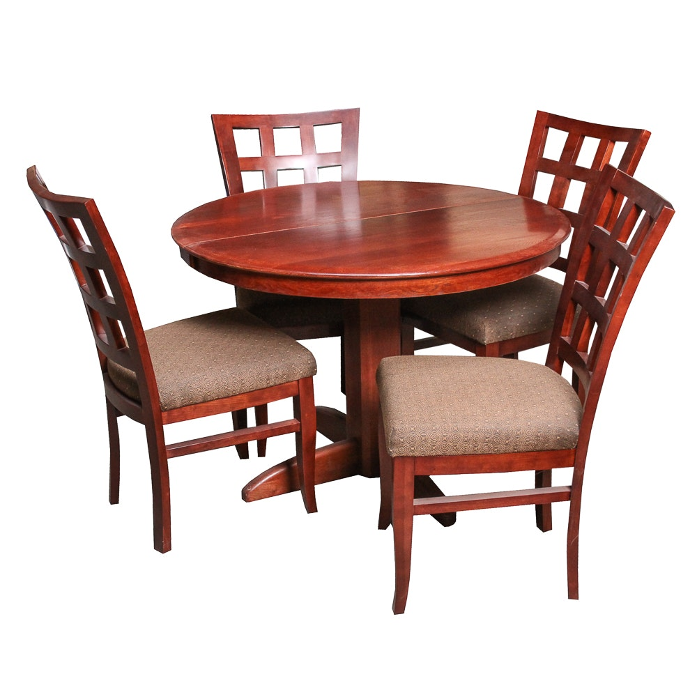 Contemporary Round Table and Chairs