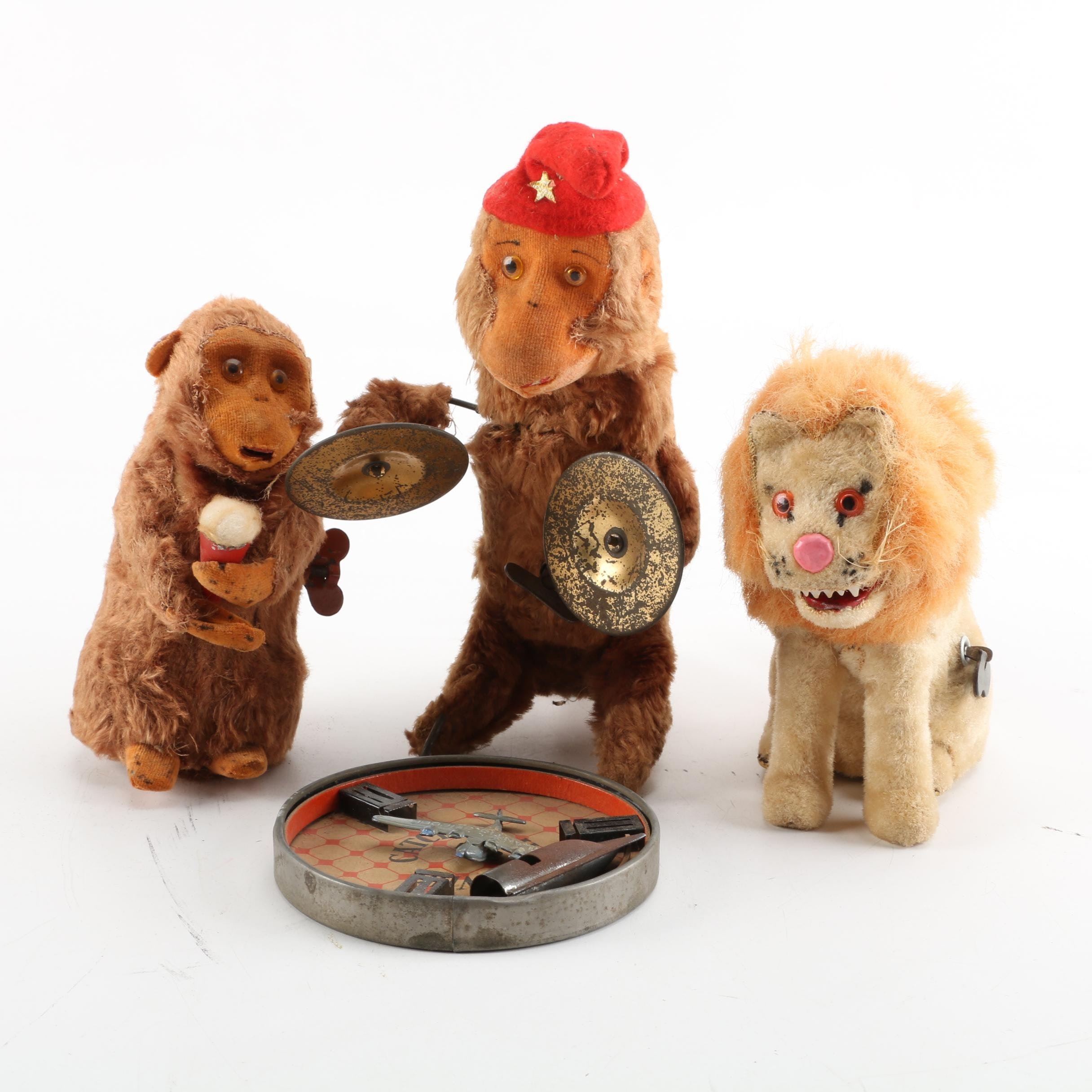"""Vintage Toys Including """"Who Catches Us?"""" Puzzle"""