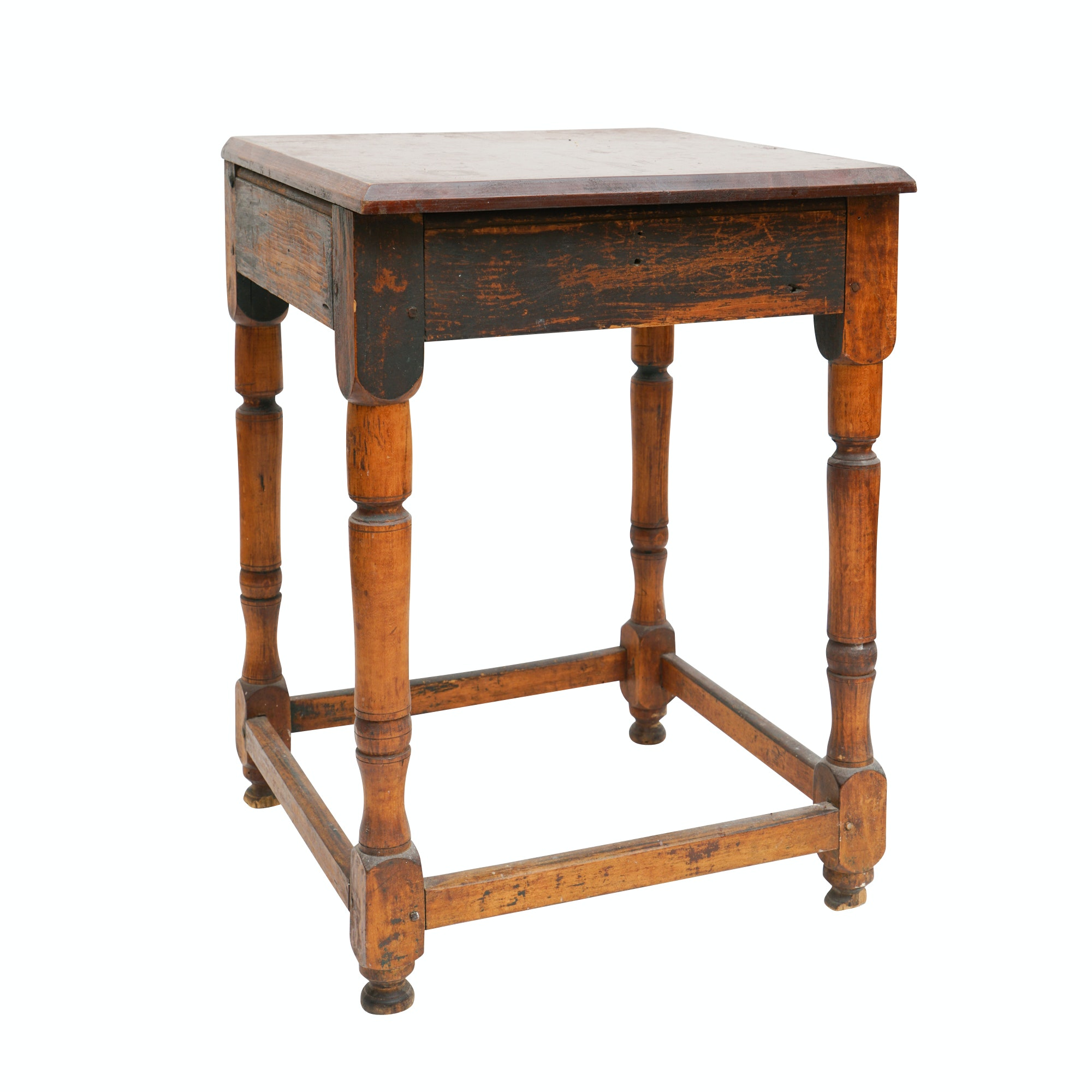 Antique Tavern Table in Maple and Pine