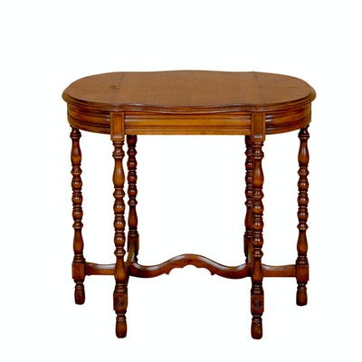 Vintage Accent Table - Online Furniture Auctions Vintage Furniture Auction Antique