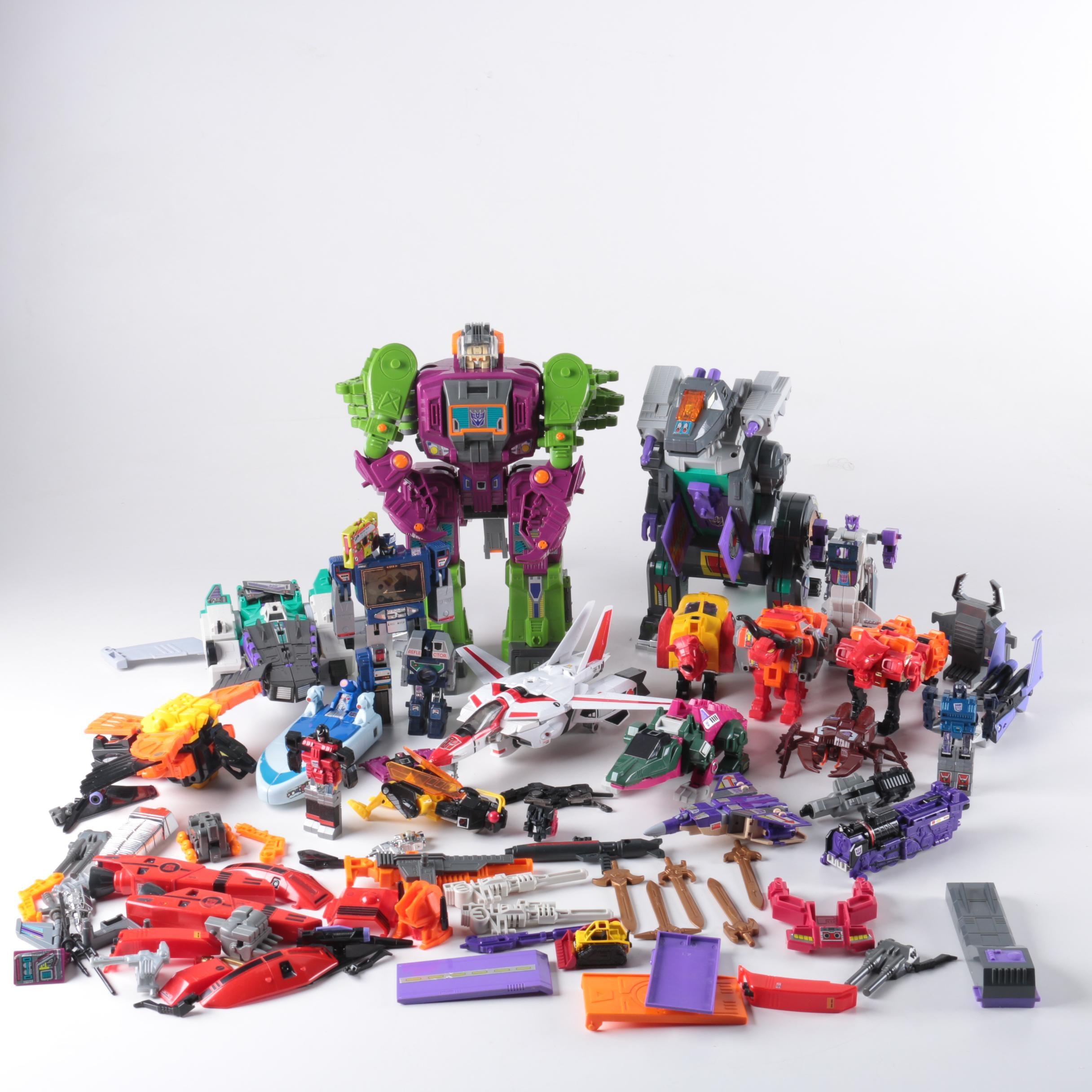 """Transformers"" Toys Including Soundwave"