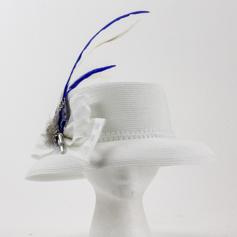 9e9f1e2bffa Ka Ky Co. White Straw Derby Hat with Blue and White Plume   EBTH