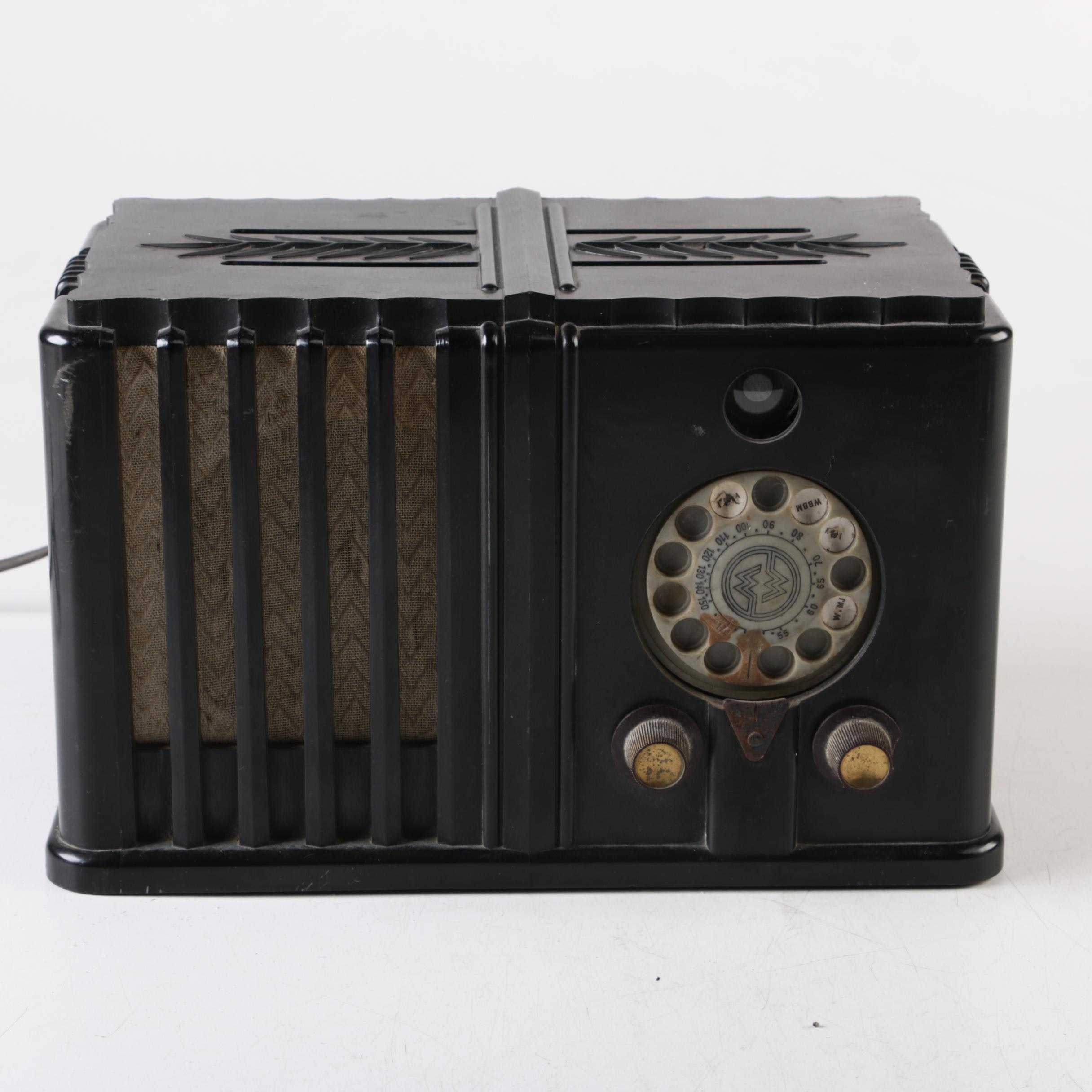 C. 1930s Montgomery Wards Airline Model 62-476 Tabletop Radio