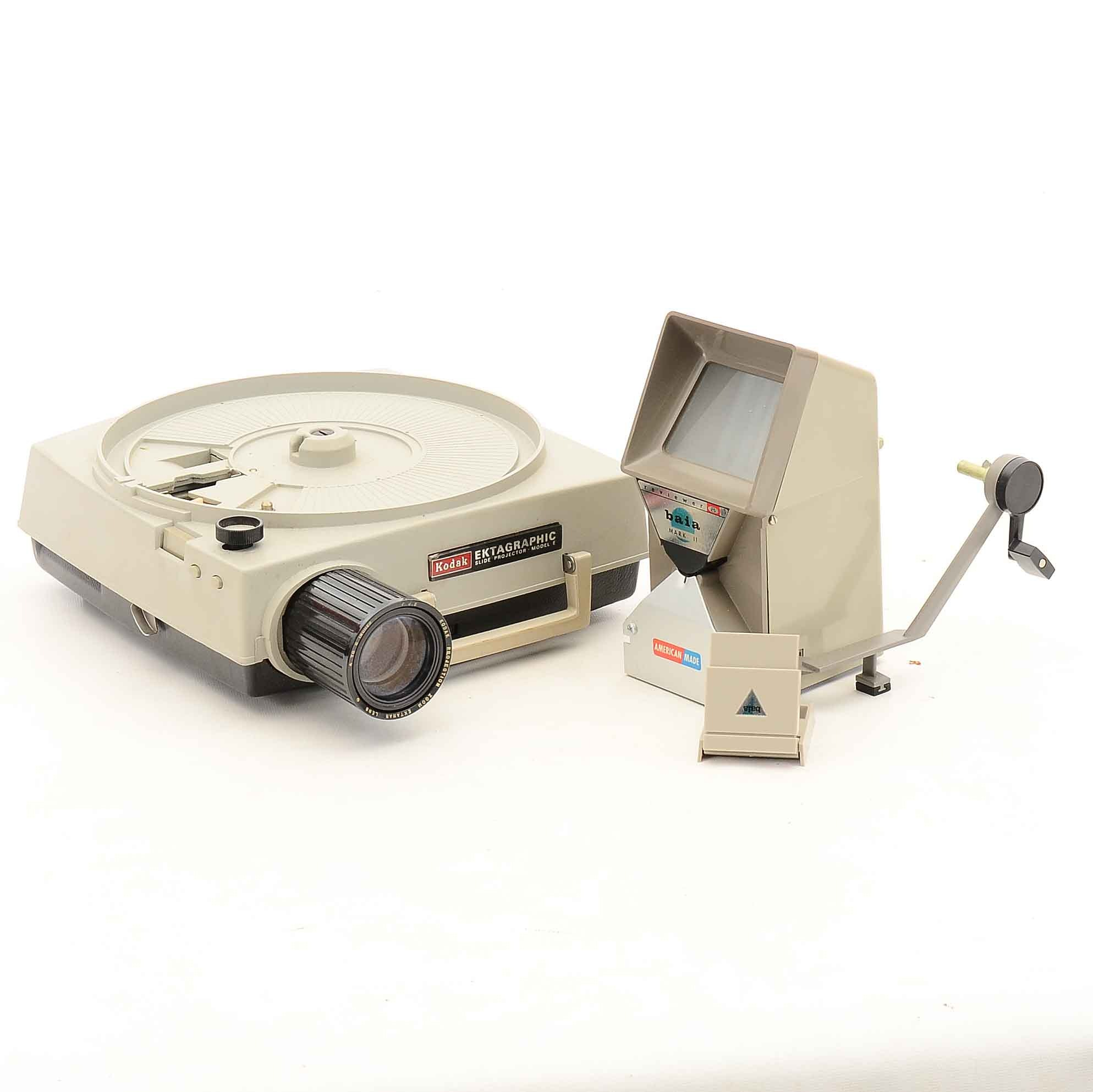 Vintage Kodak Ektagraphic Slide Projector and Baia Editor