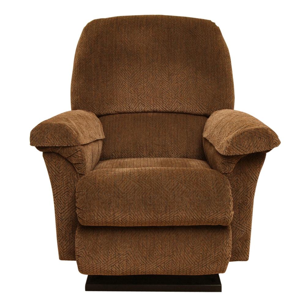 Electric Lift Lounge Chair by La-Z-Boy