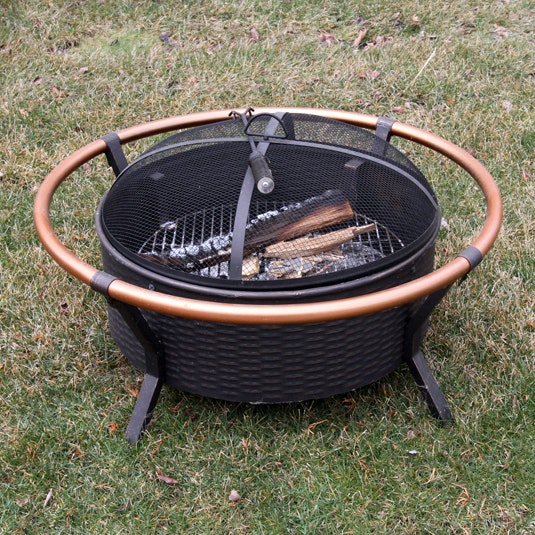 Firepit with Screened Lid and Stoker