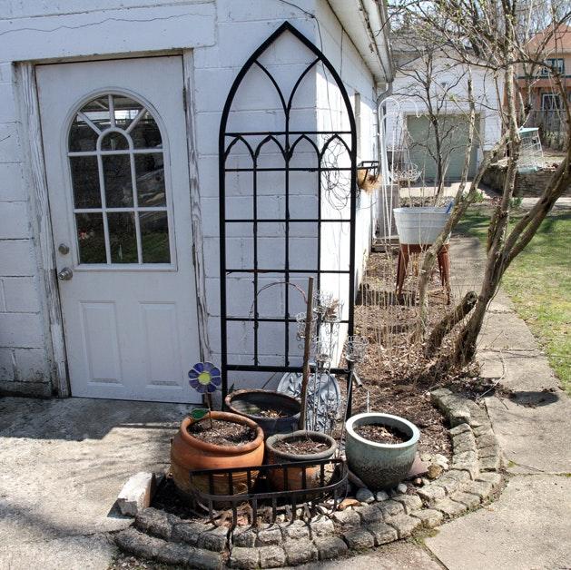 Outdoor Garden Decor Including Trellis