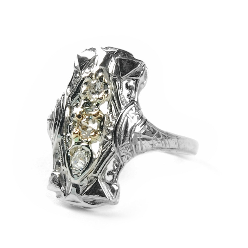 Edwardian 18K White Gold Filigree Diamond Dinner Ring