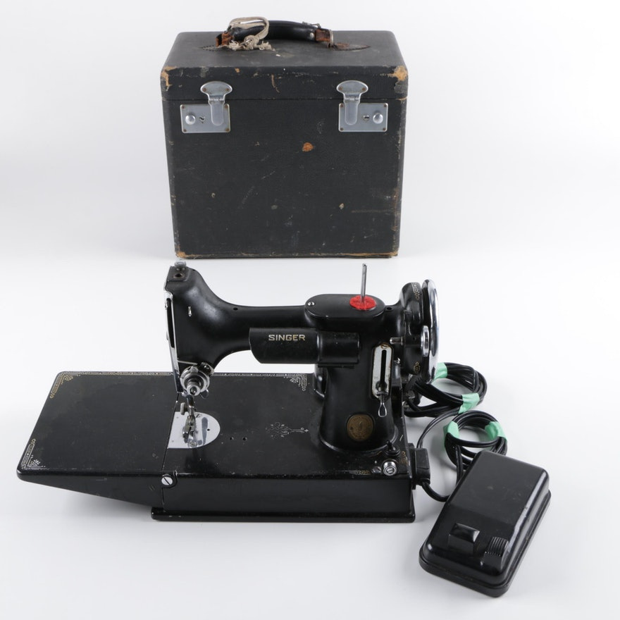 Vintage Singer Portable Sewing Machine EBTH Classy Vintage Singer Portable Sewing Machine