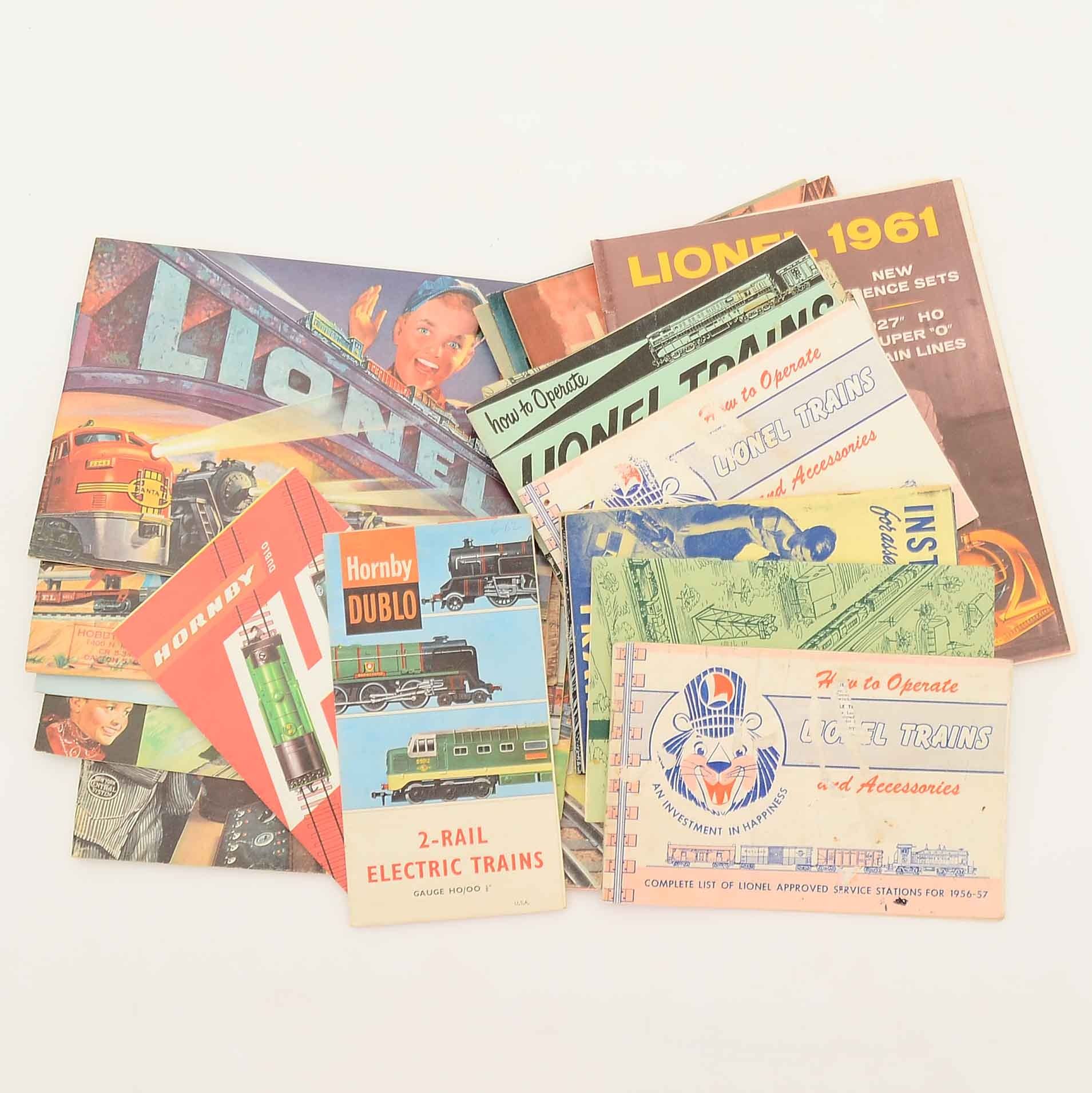 Group of Vintage Model Railroad Instructional Booklets