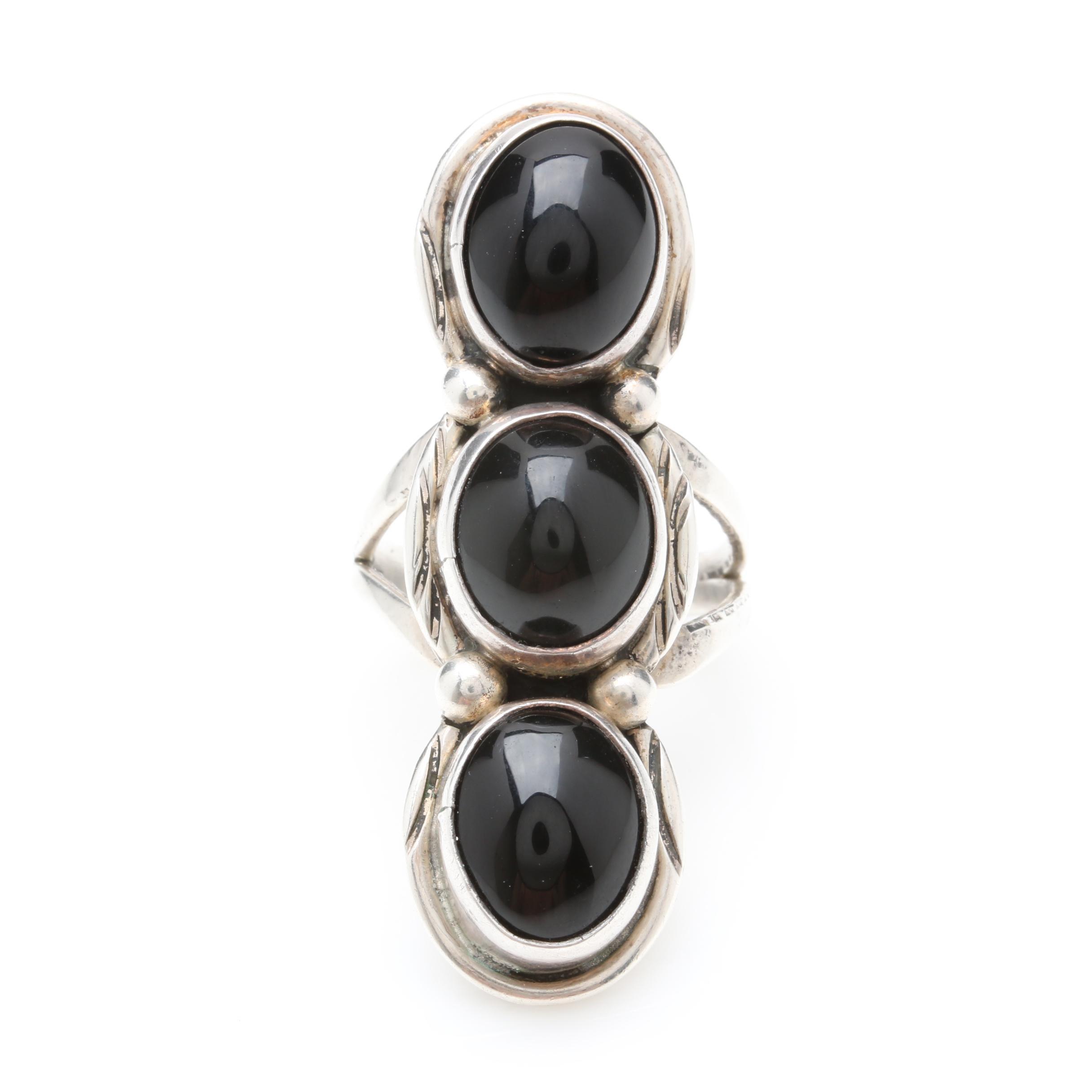 Jack Bly Santo Domingo Pueblo Diné Sterling Silver Onyx Ring
