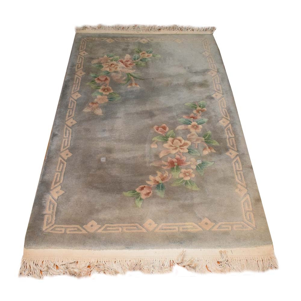Hand-Knotted Chinese Sculpted Floral Accent Rug