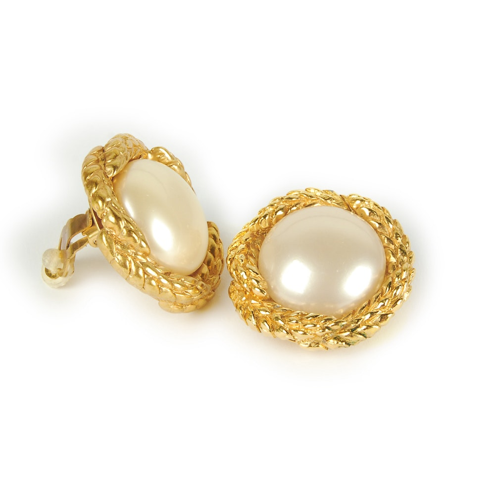 Chanel Imitation Pearl Clip On Earrings 1993 Autumn Collection