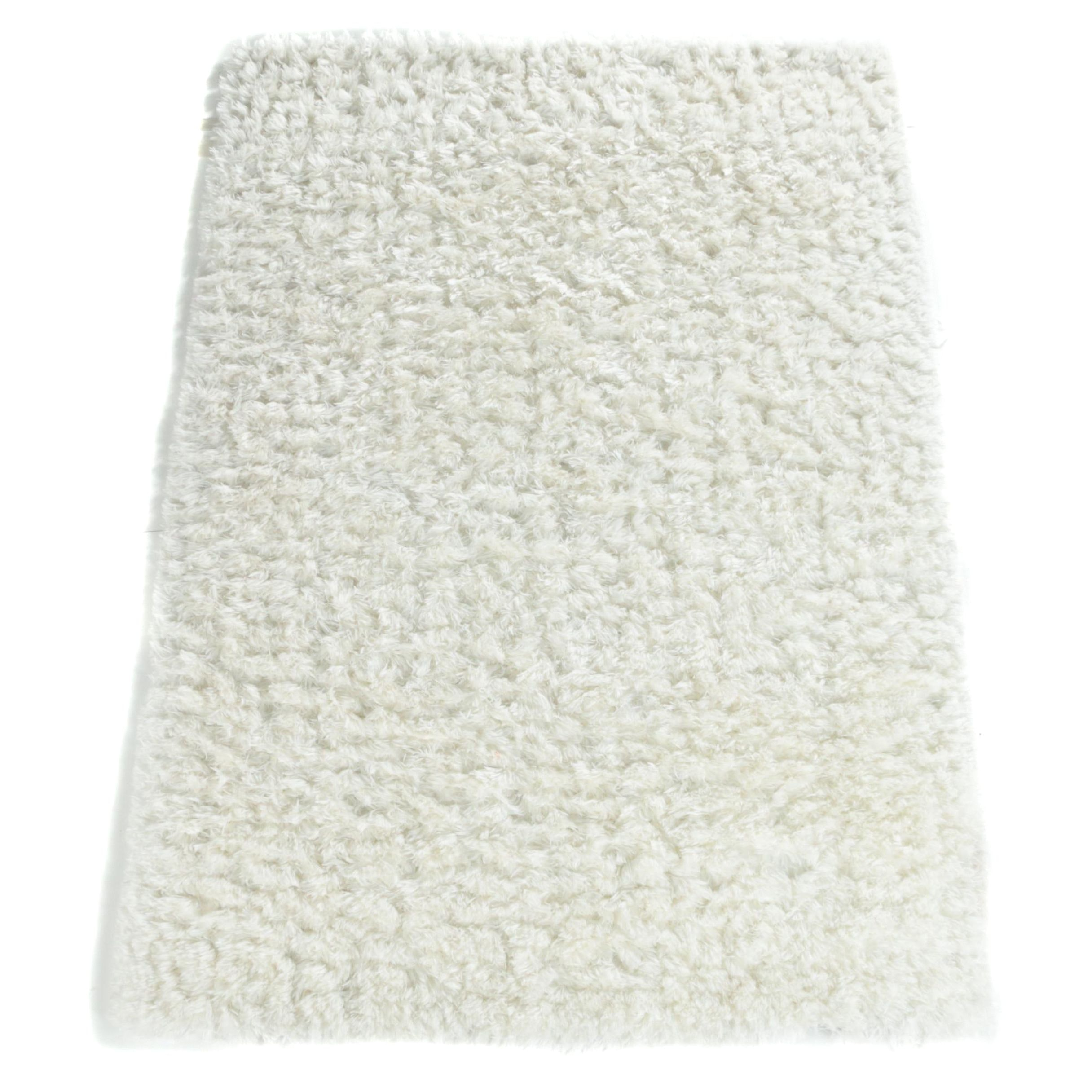 Hand-Tufted Chinese Synthetic Fluffy Pile Area Rug