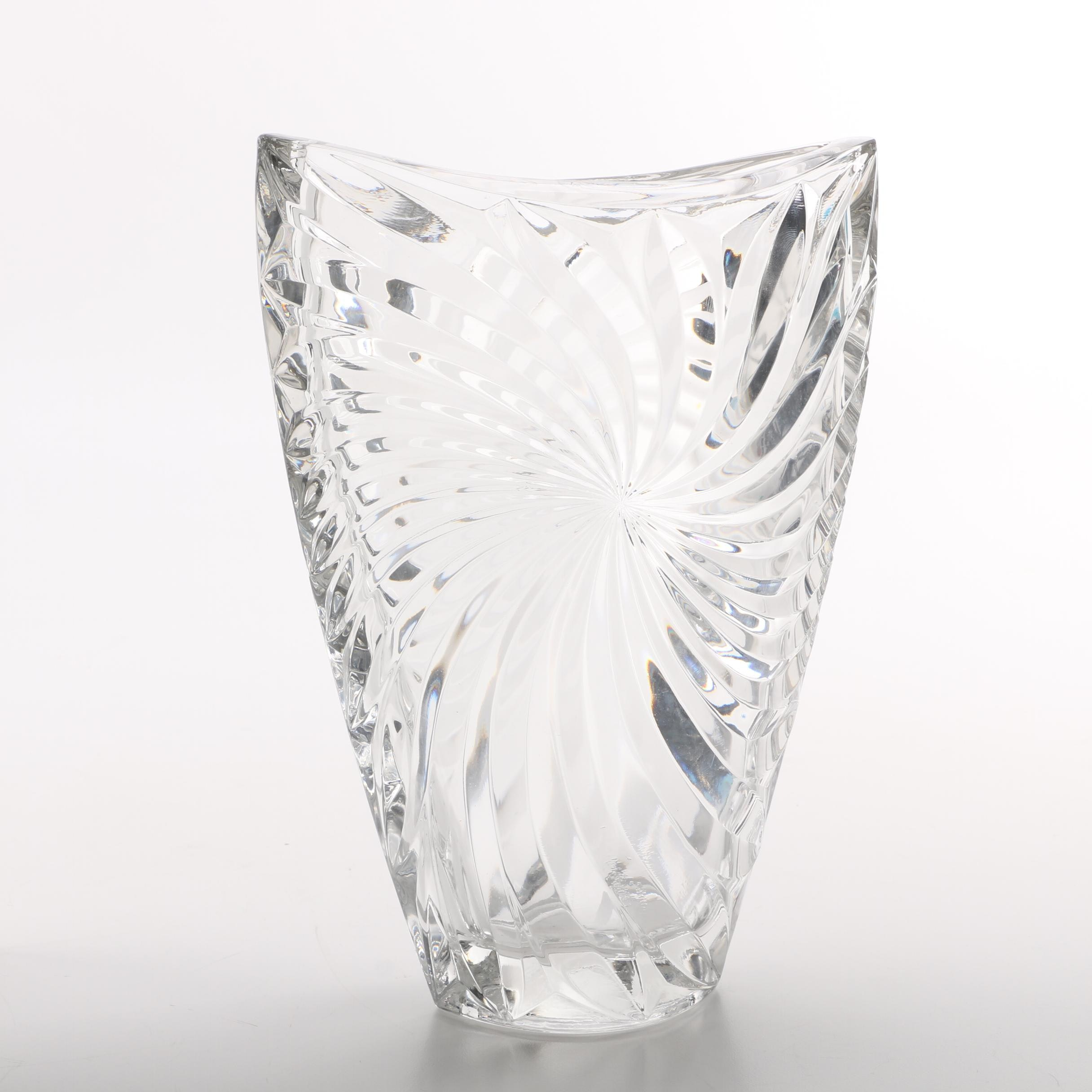 Mikasa Flared Crystal Vase with Swirled Motif