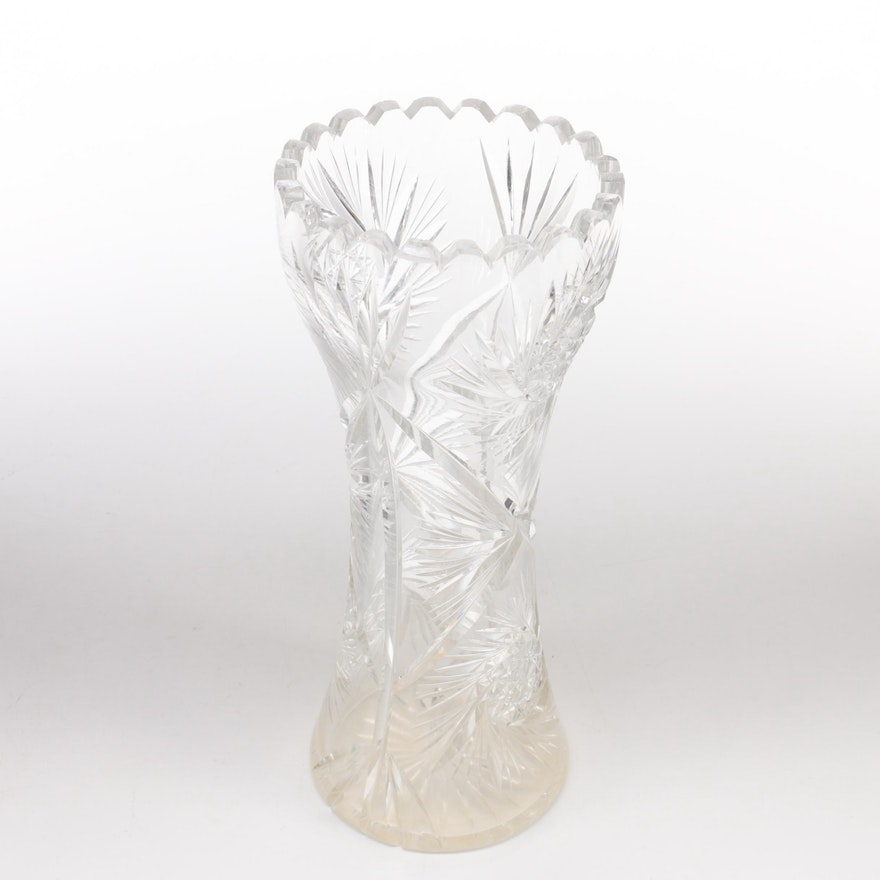 Pinwheel Cut Crystal Vase Ebth