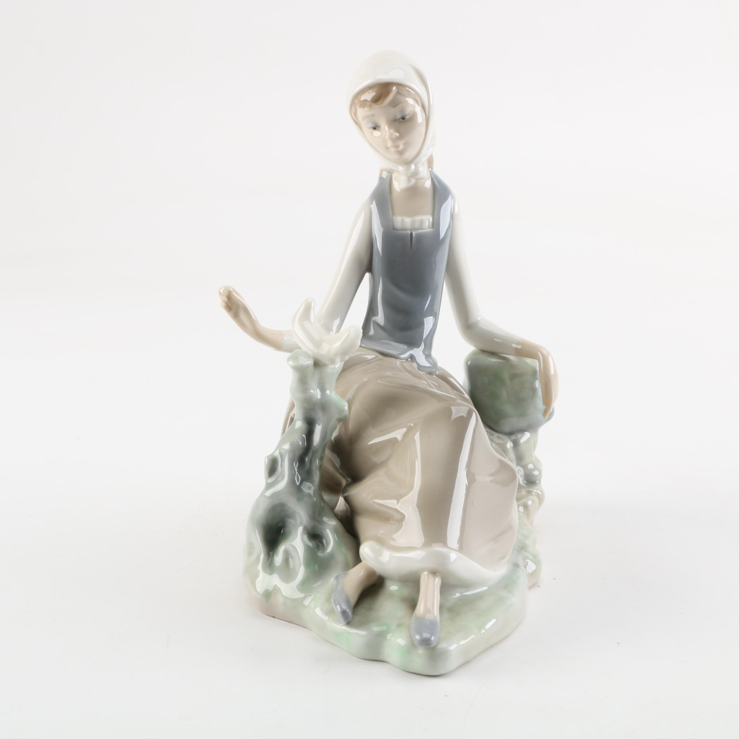 """Lladro """"Seated Girl with Dove"""" Porcelain Figurine"""