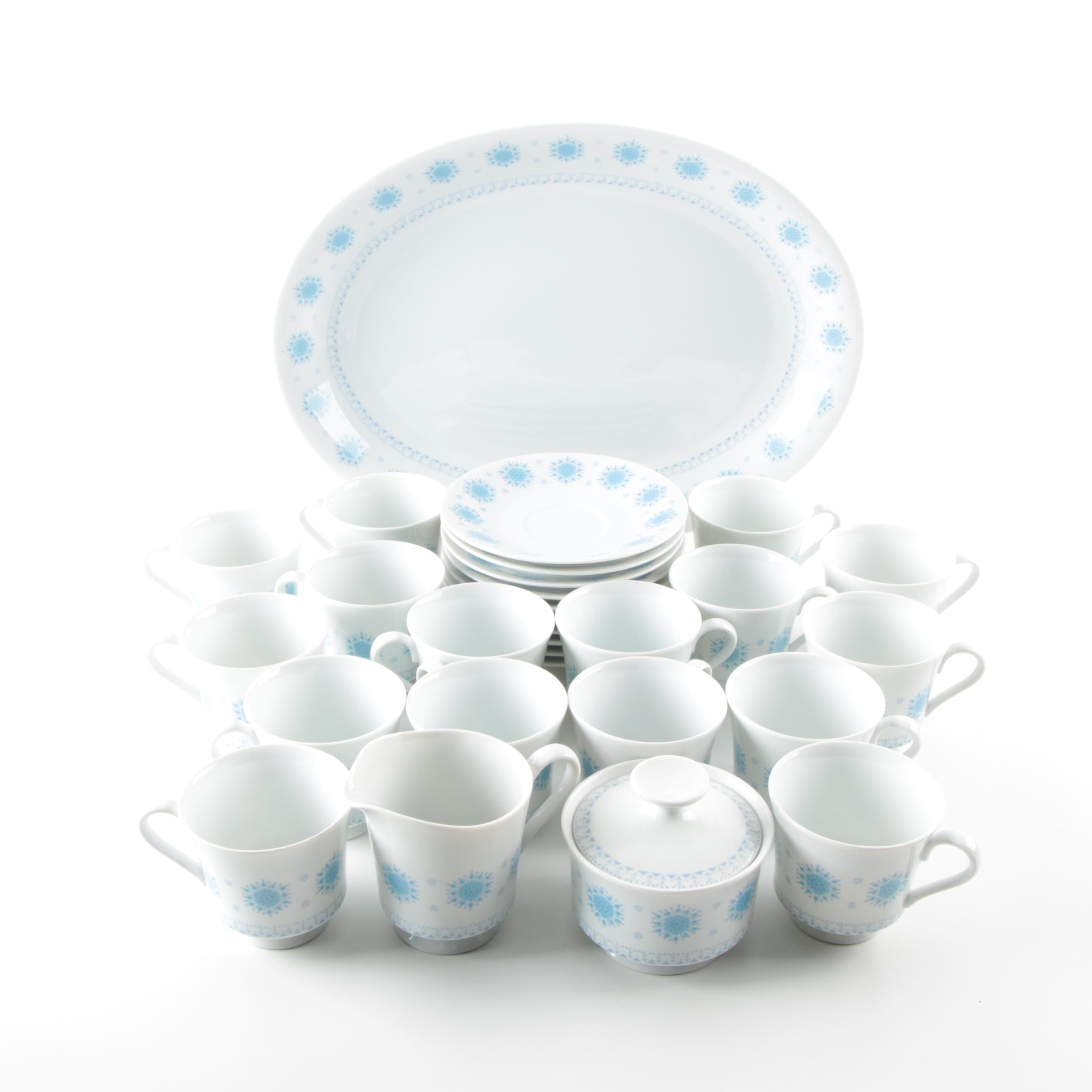 "Harmony House ""Blue Snowflake"" Dessert Serving Set"