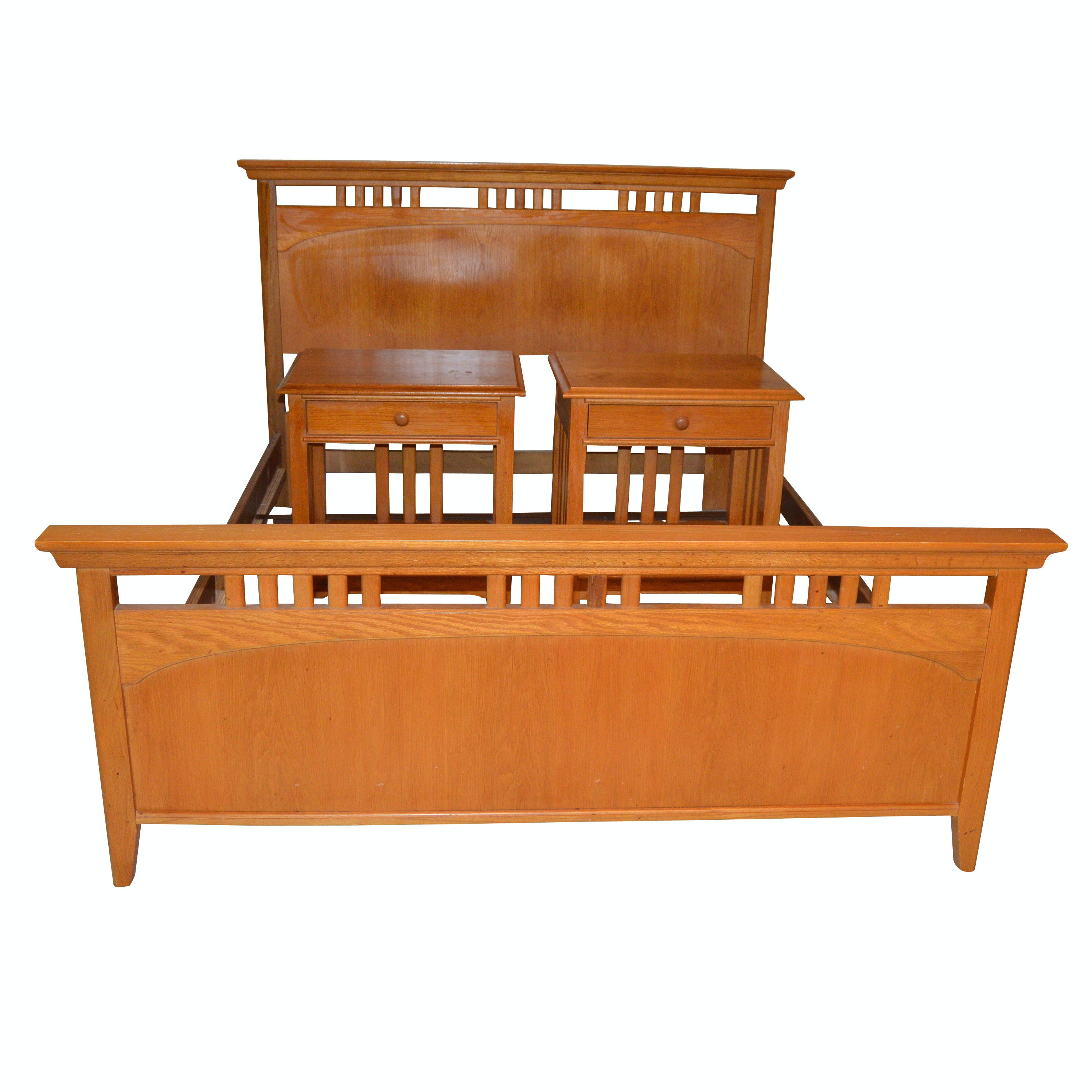 Mission Style Queen-Sized Oak Bed Frame & Pair of Nightstands by Thomasville