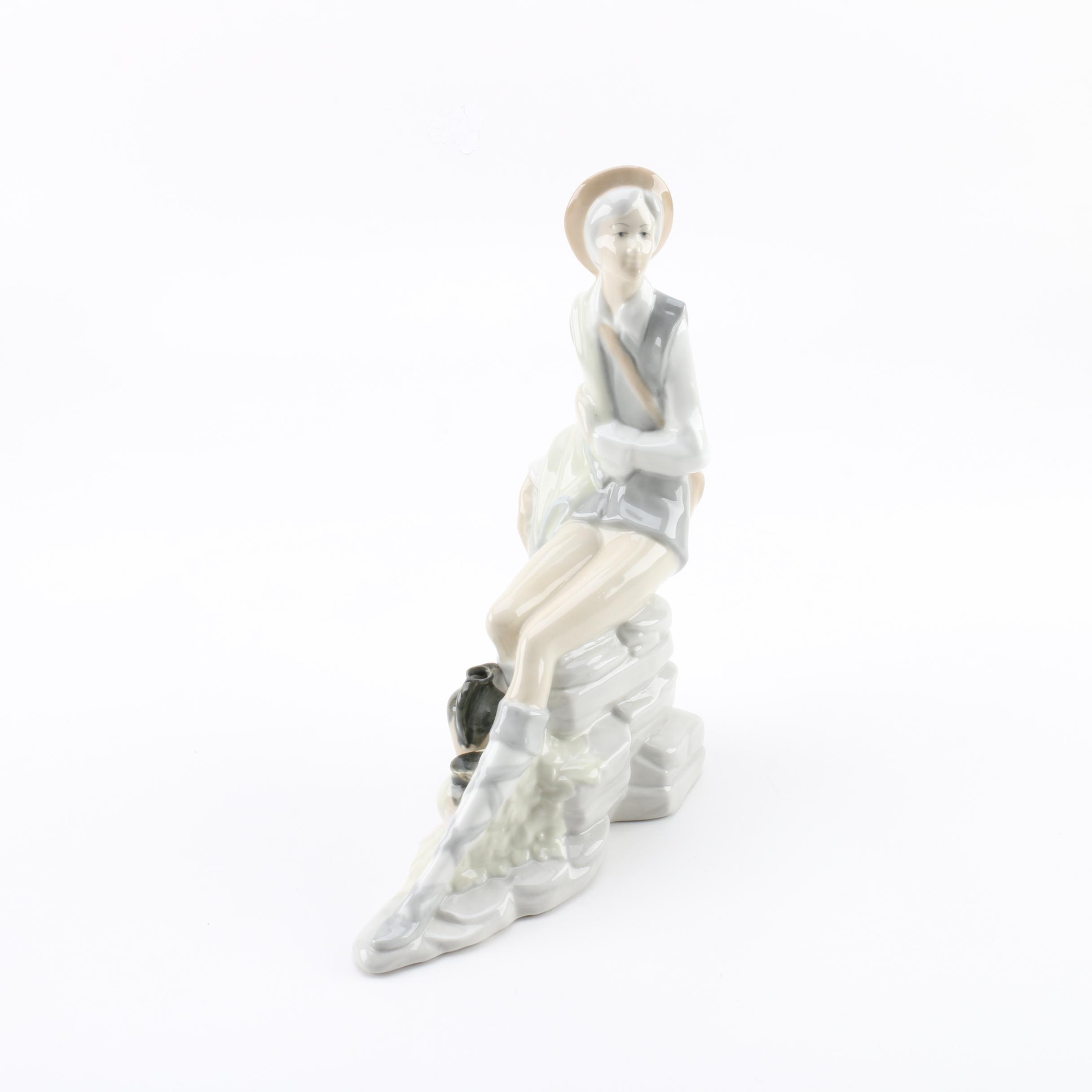 Spanish D'Art SA Porcelain Figurine of Seated Woman