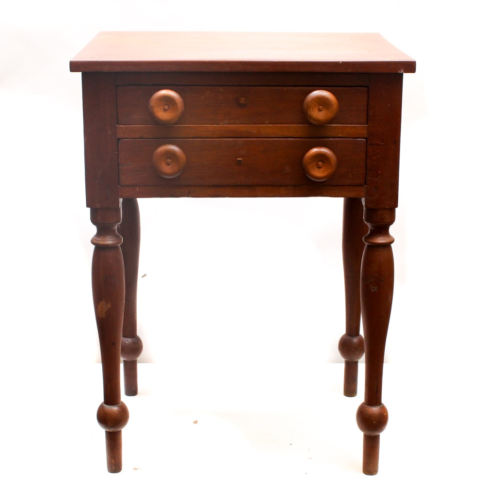 Antique Sheraton Accent Table in Walnut