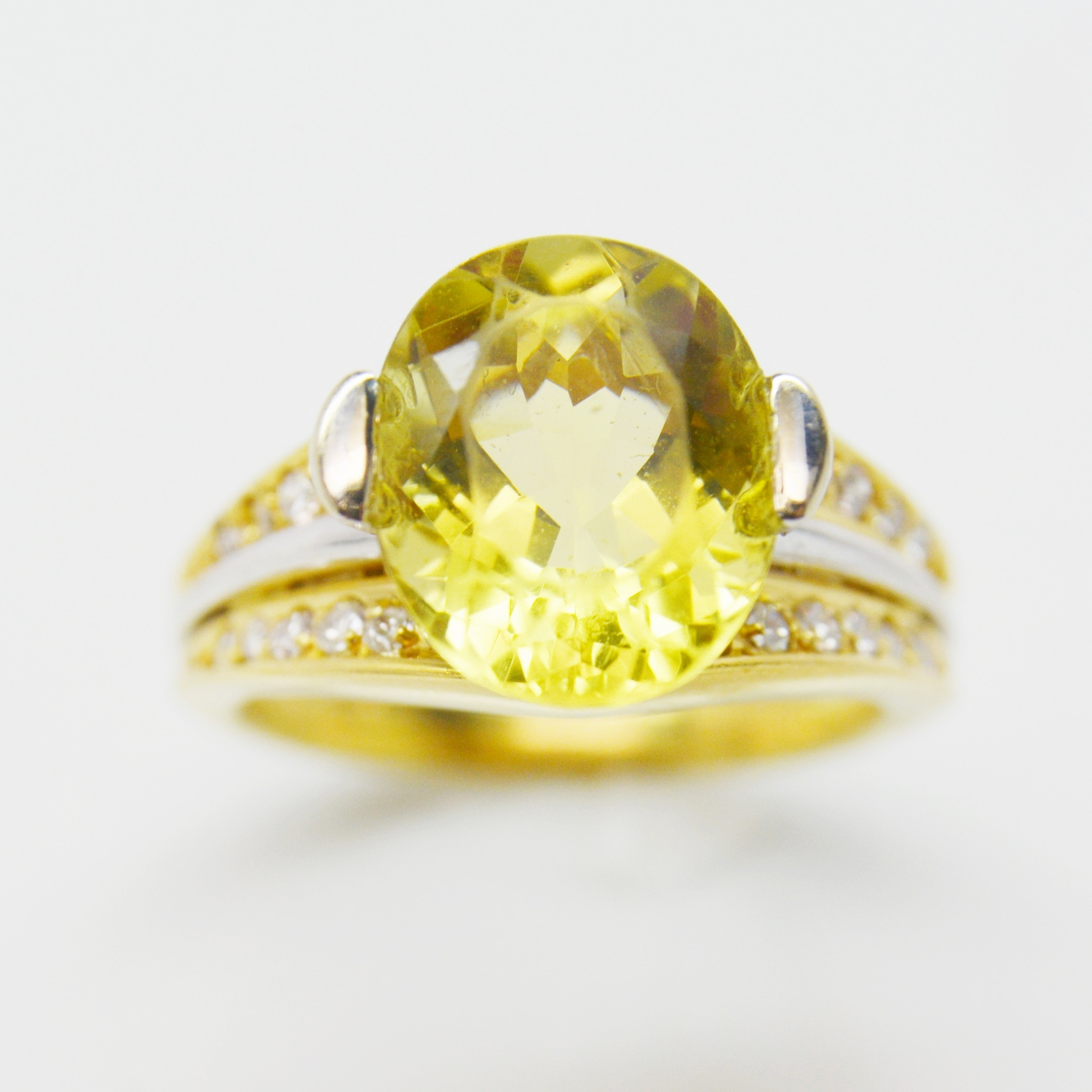 18K Yellow Gold Lemon Citrine and Diamond Ring