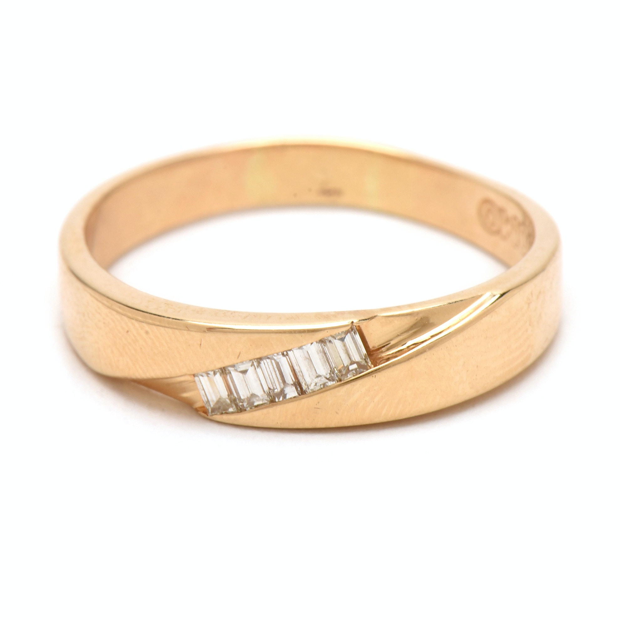 UOMO 14K Yellow Gold Diamond Band Ring