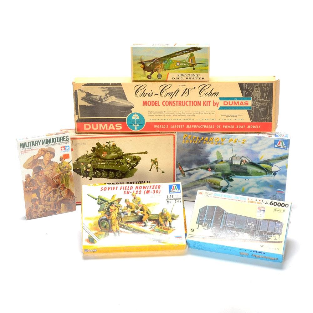 Group of Vintage Model Kits