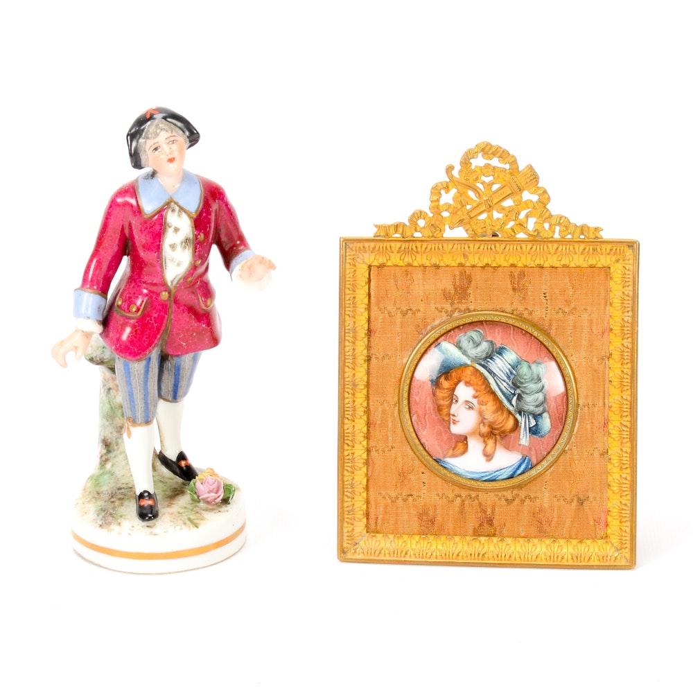 Pair of Decorative Items