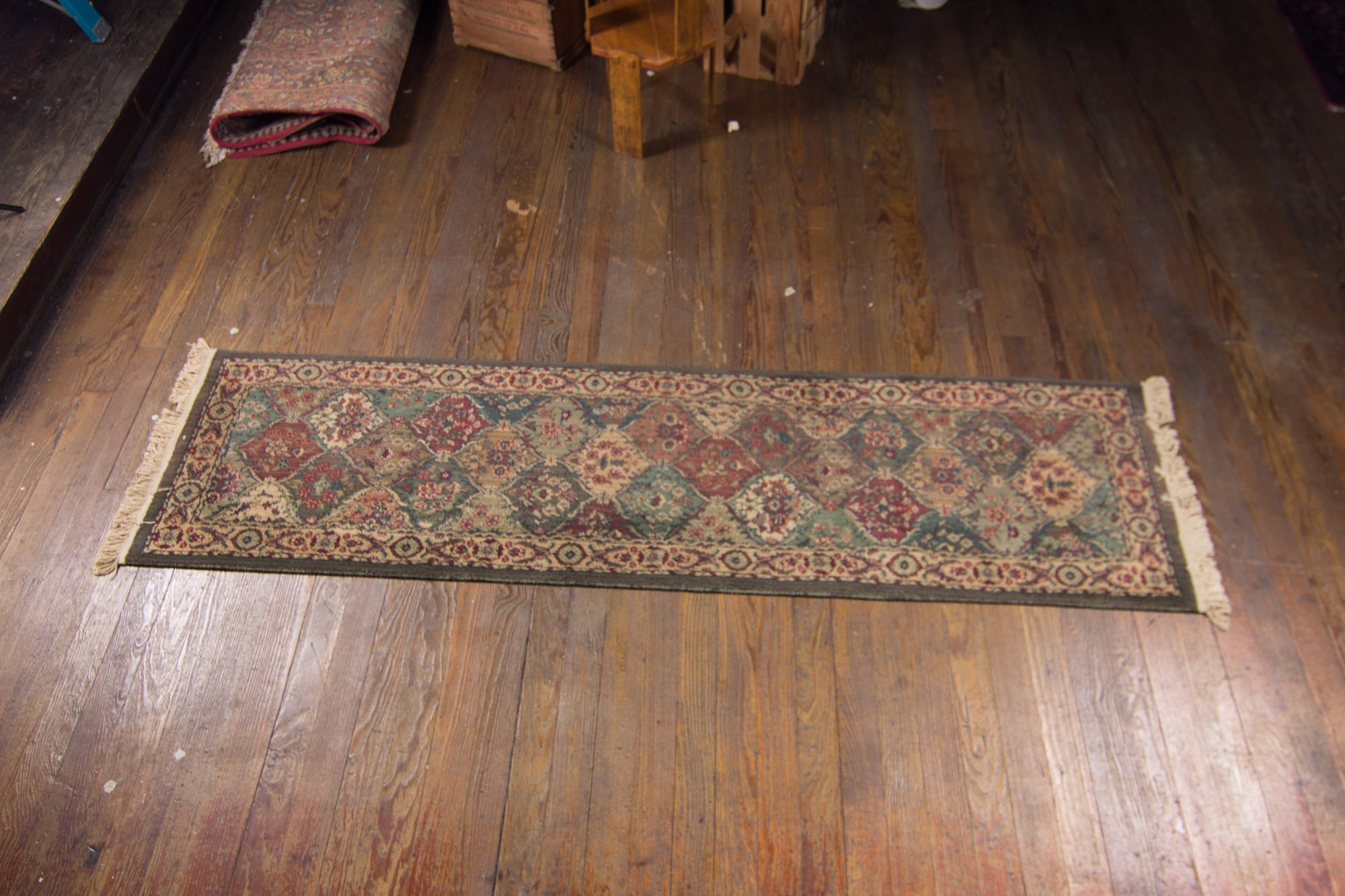 Machine Made Turkish Pasha Collection Carpet Runner