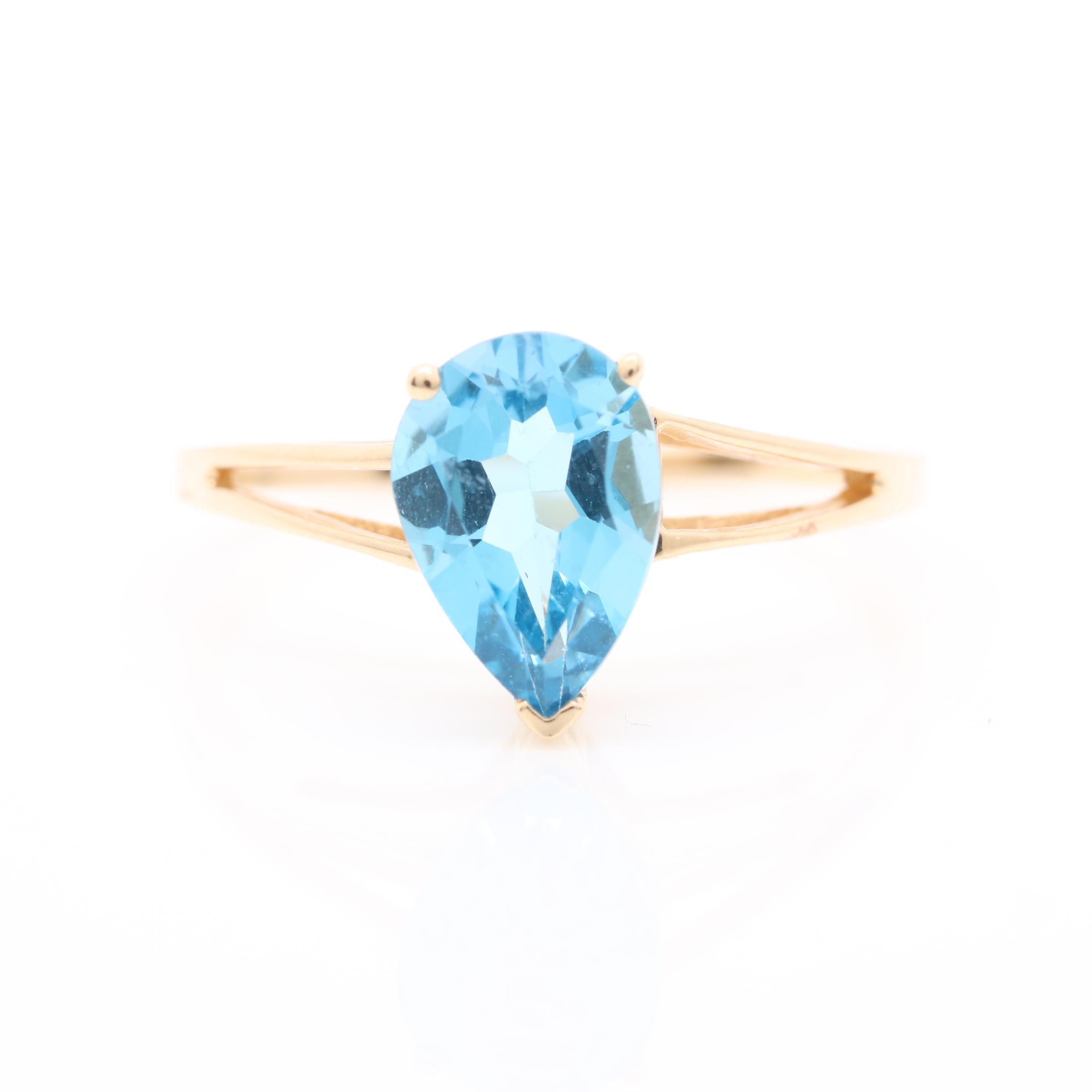 Alwand Vahan 14K Yellow Gold Blue Topaz Ring