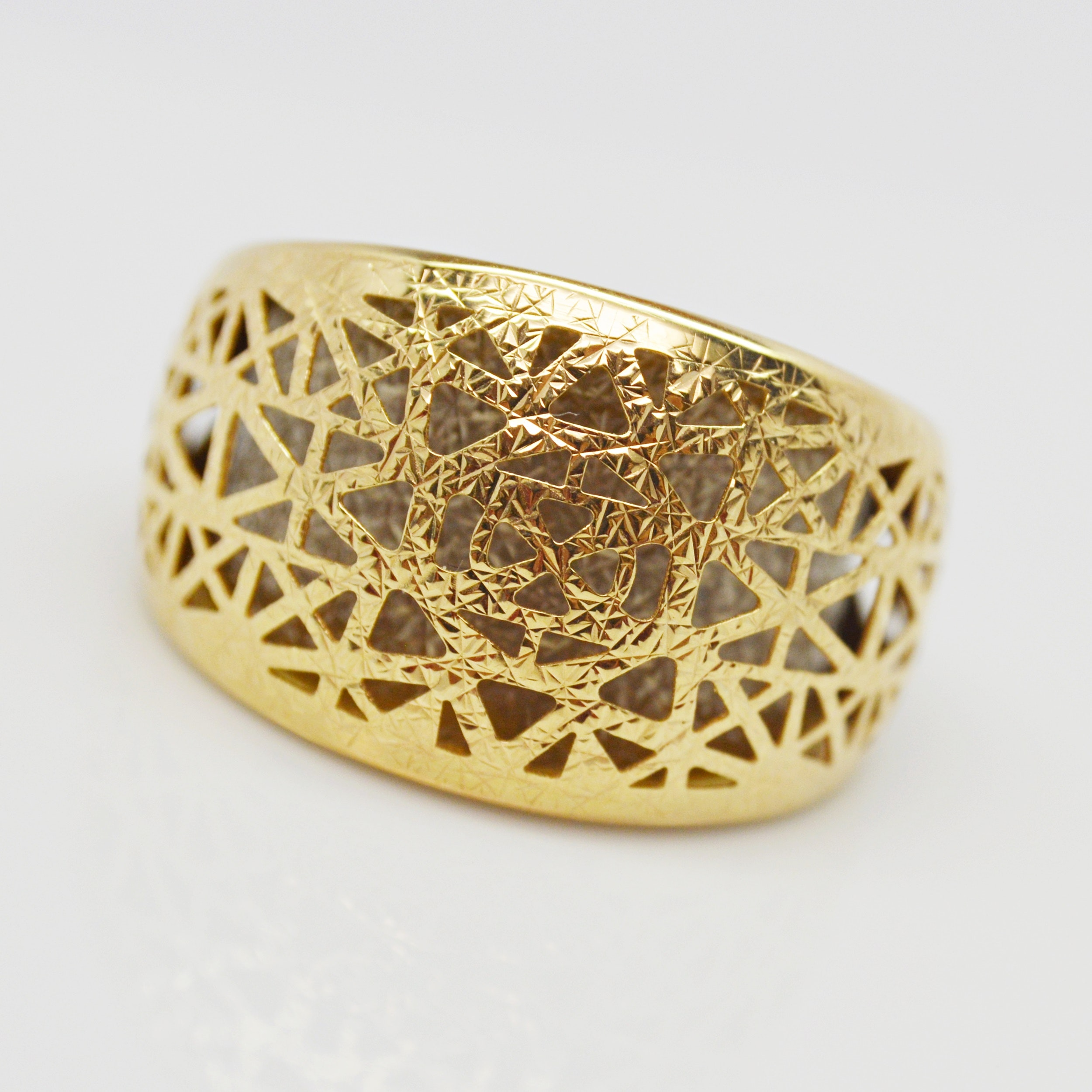 14K Yellow Gold Pierced Dome Ring