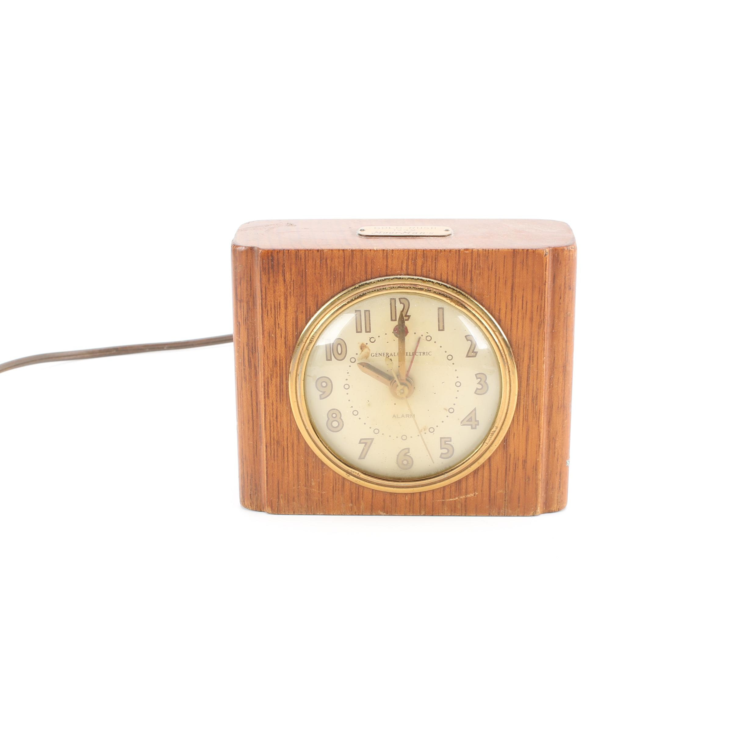 Mid Century General Electric Art Deco Alarm Clock
