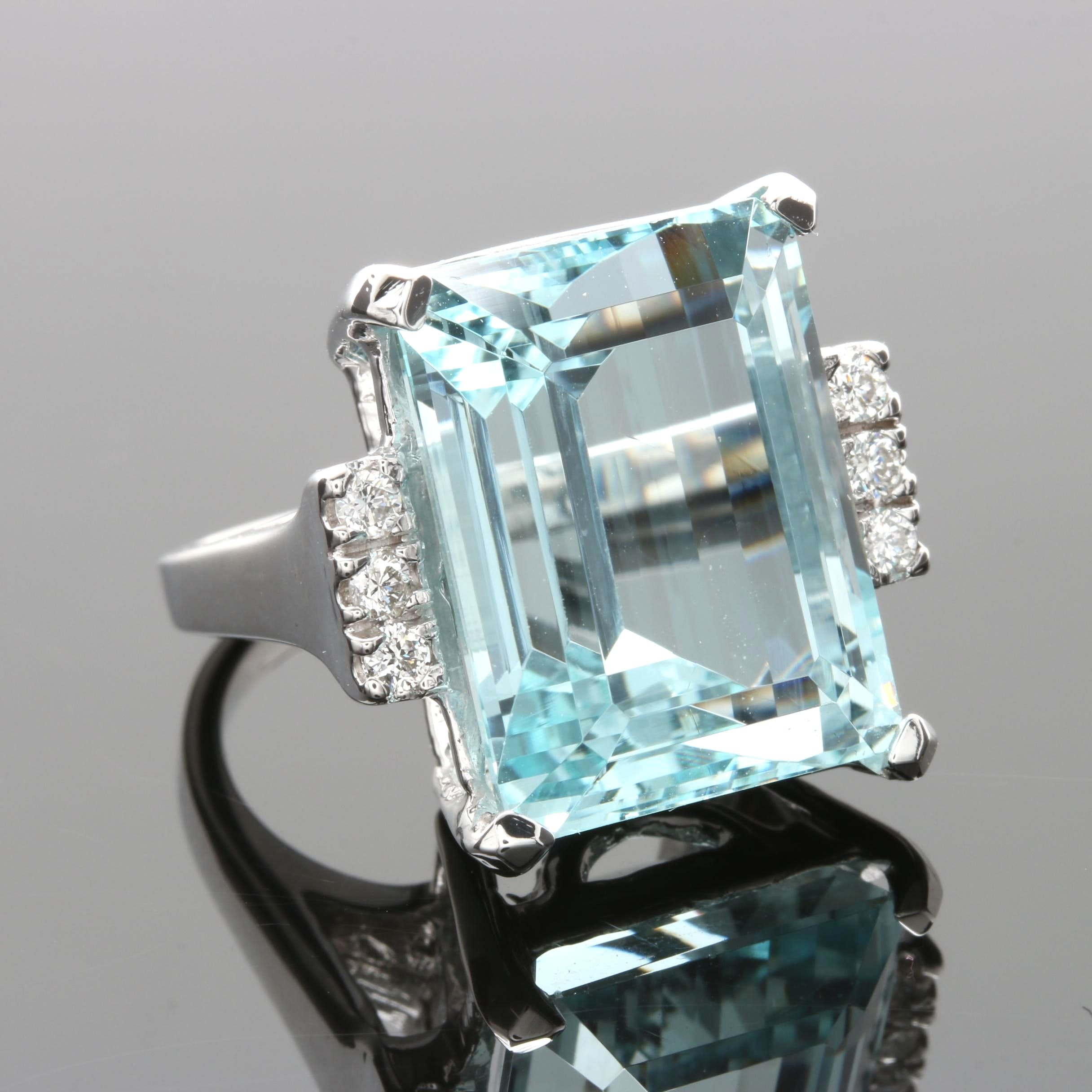 14K White Gold 18.67 CT Aquamarine and Diamond Ring