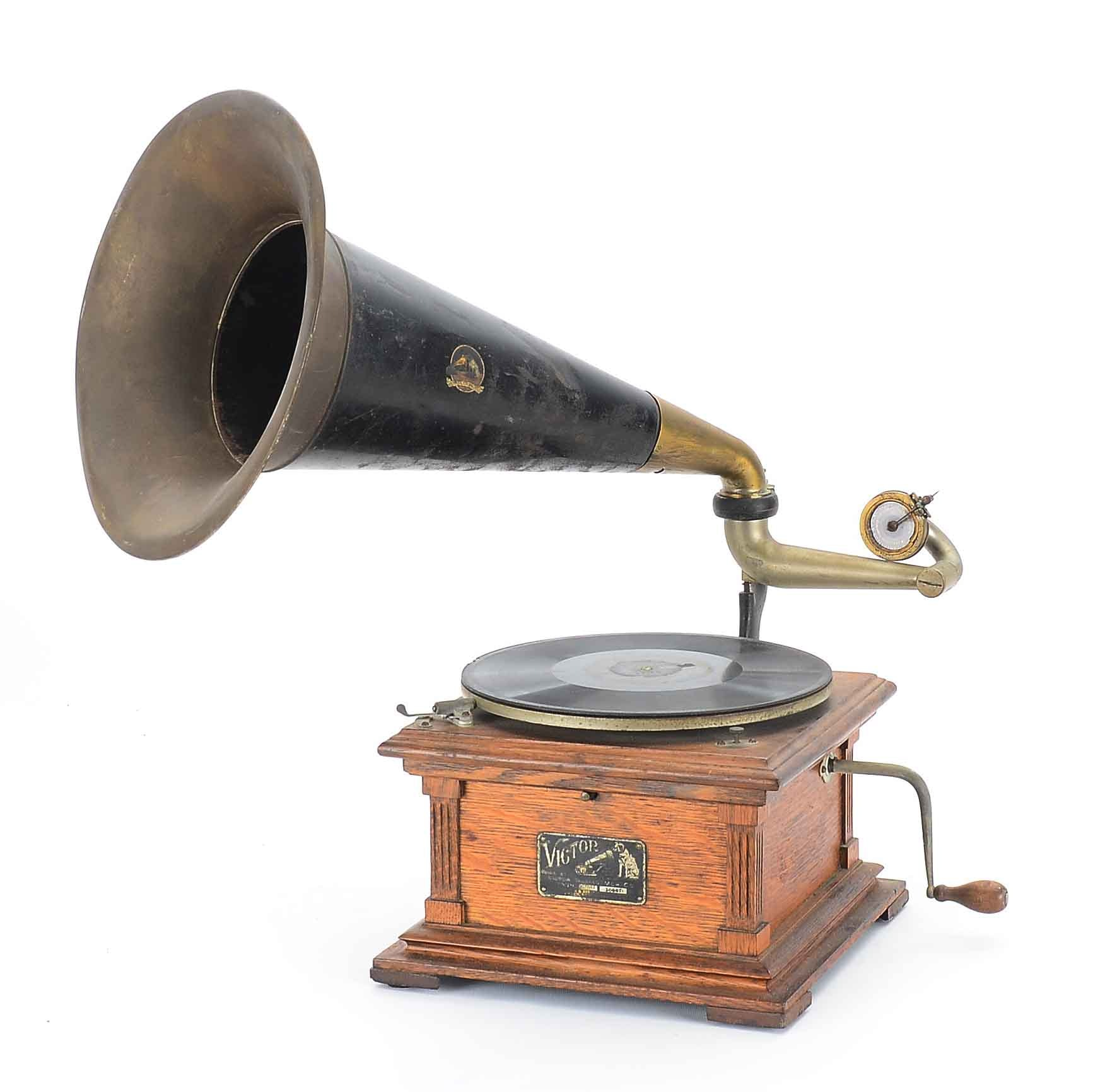 Vintage Victor Type E Phonograph