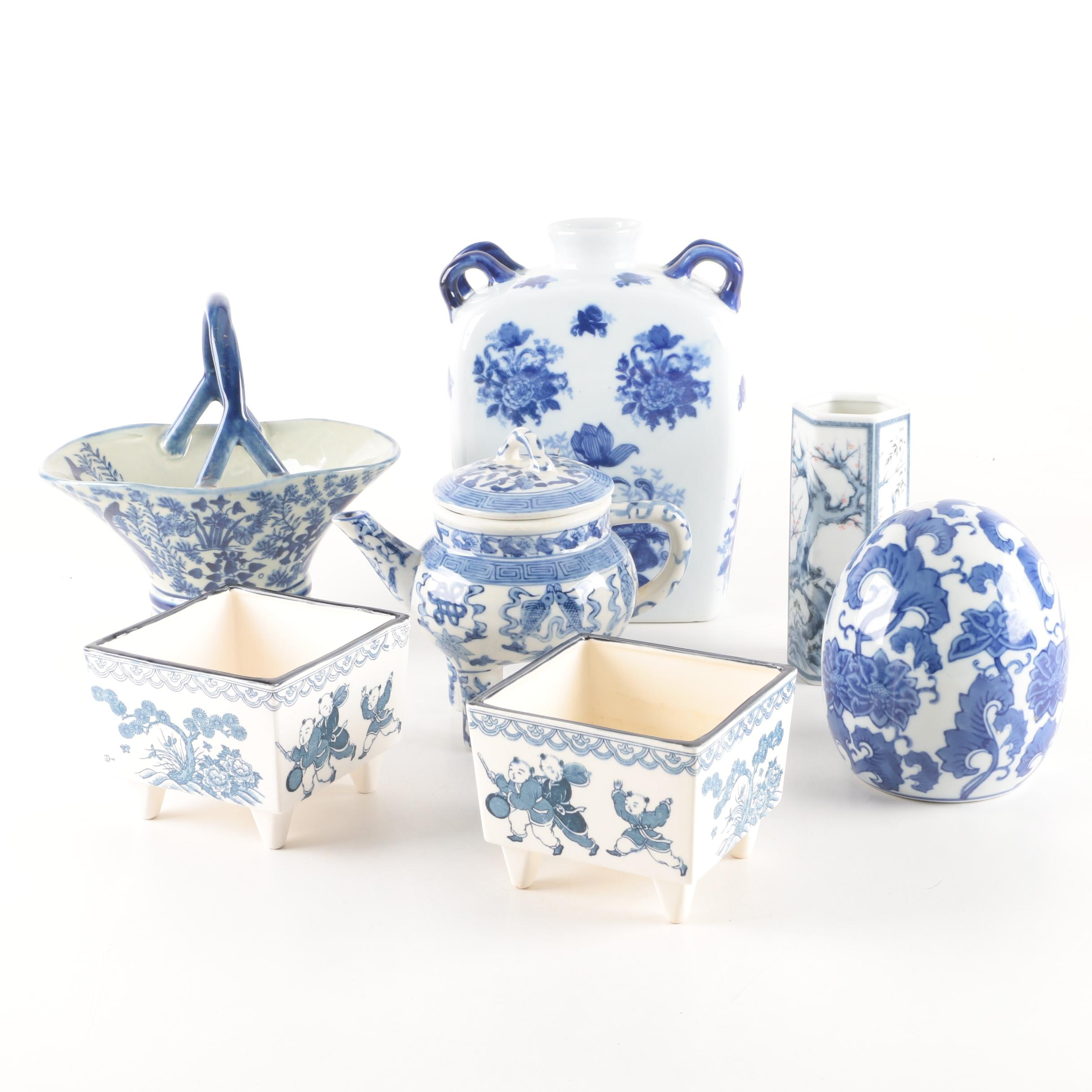 Blue and White Decorative Chinese Accessories