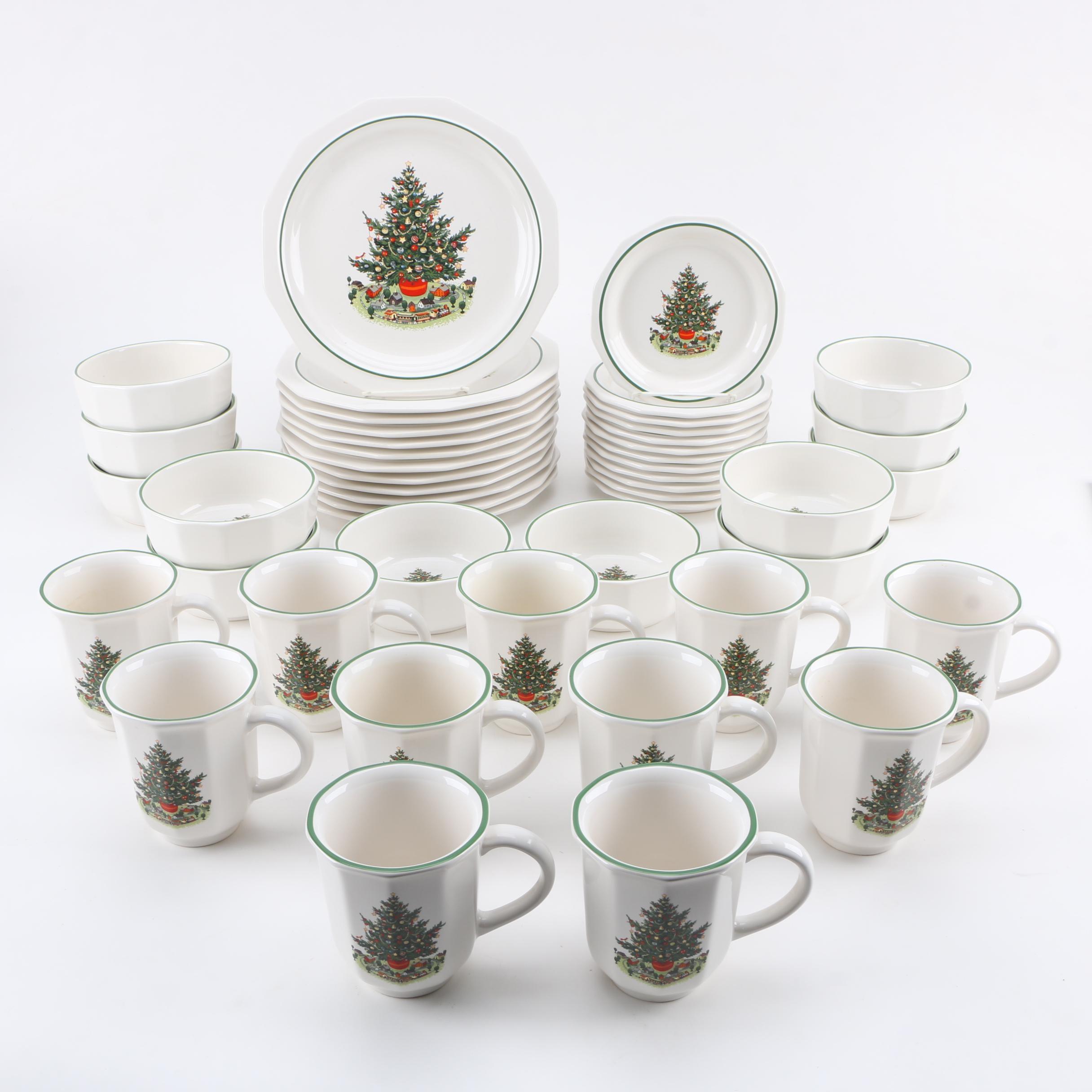 "Pfaltzgraff ""Christmas Heritage"" Dinnerware"