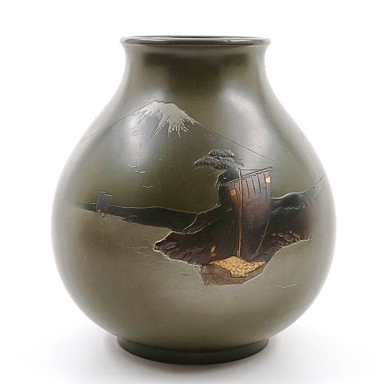 Taisho Period Japanese Bronze Mt. Fuji Vase, Signed Shuho