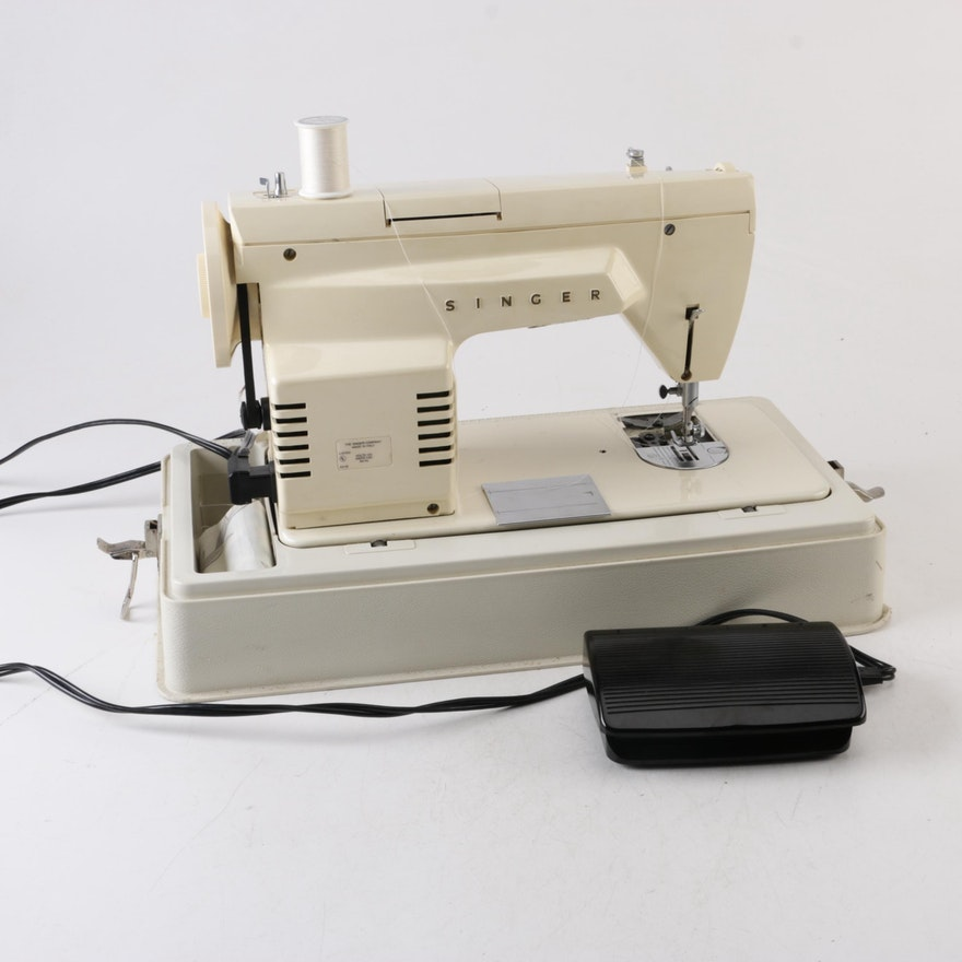 Vintage Singer Fashion Mate 40 Portable Sewing Machine EBTH Mesmerizing Singer 360 Sewing Machine