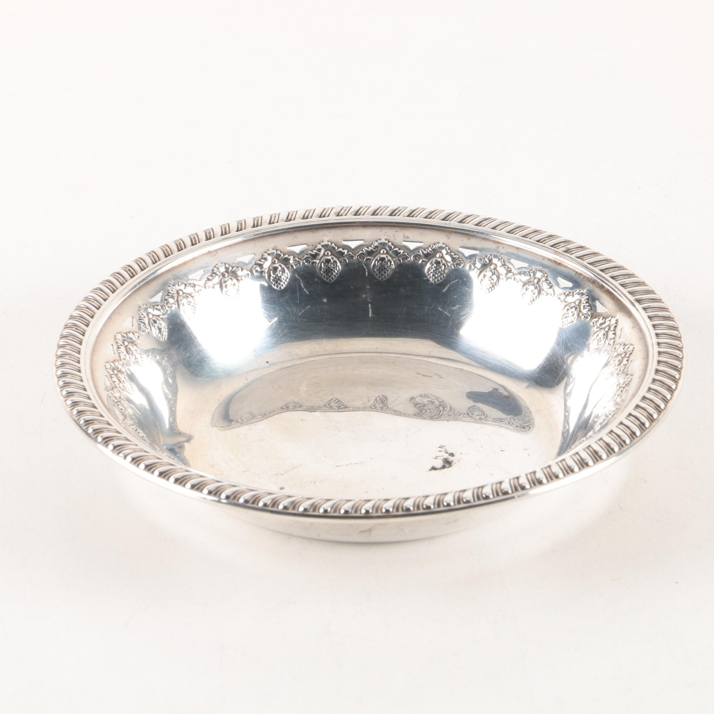 Reed & Barton Acorn Themed Sterling Silver Bowl
