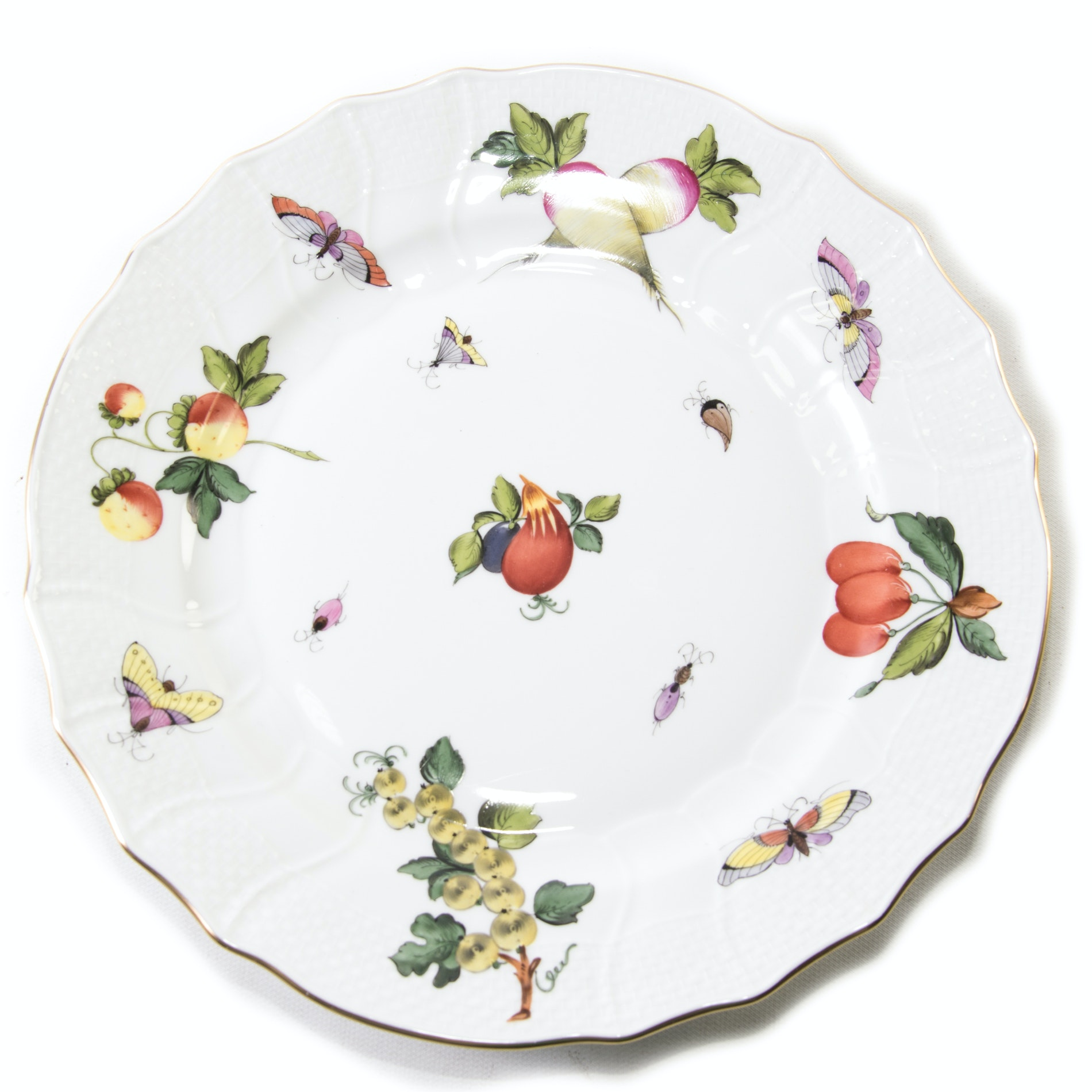"Herend Hand-Painted ""Fruits and Flowers"" Decorative Plate"