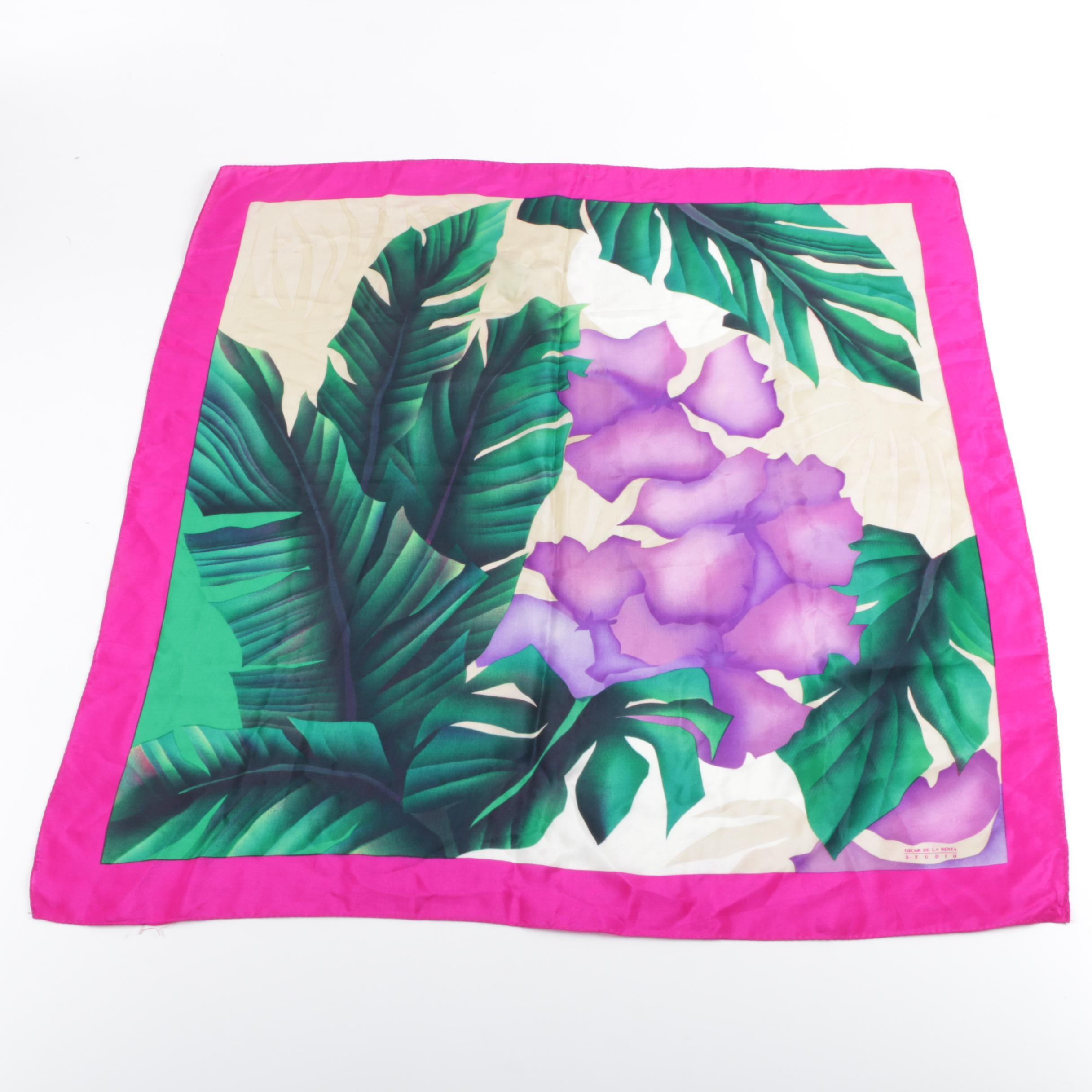 Women's Oscar de la Renta Studio Silk Floral Print Fashion Scarf