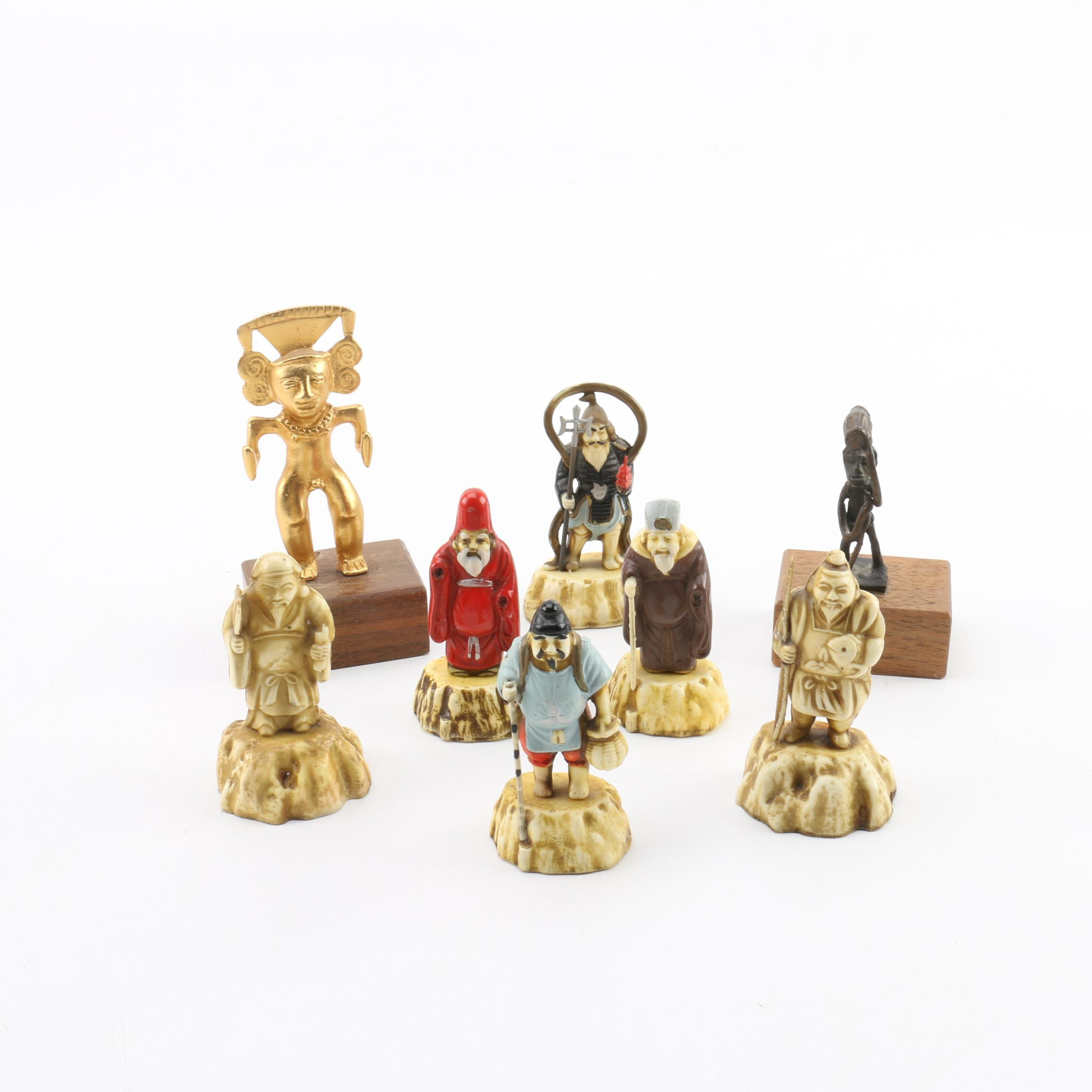 Artifact Replicas and East Asian Figurines