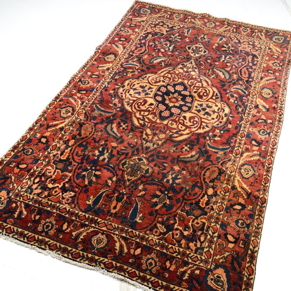 5' x 8' Semi-Antique Hand-Knotted Persian Bakhtiari Rug