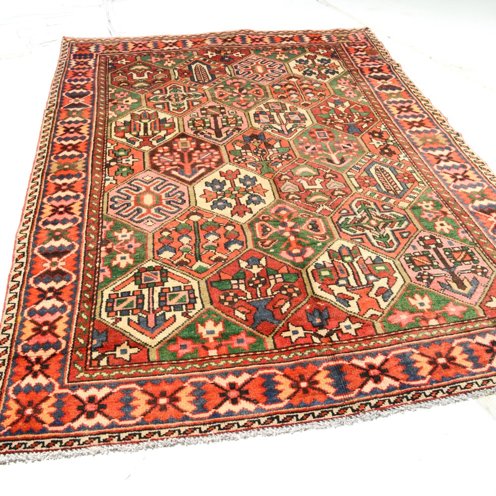 6' x 10' Semi-Antique Hand-Knotted Persian Bakhtiari Rug