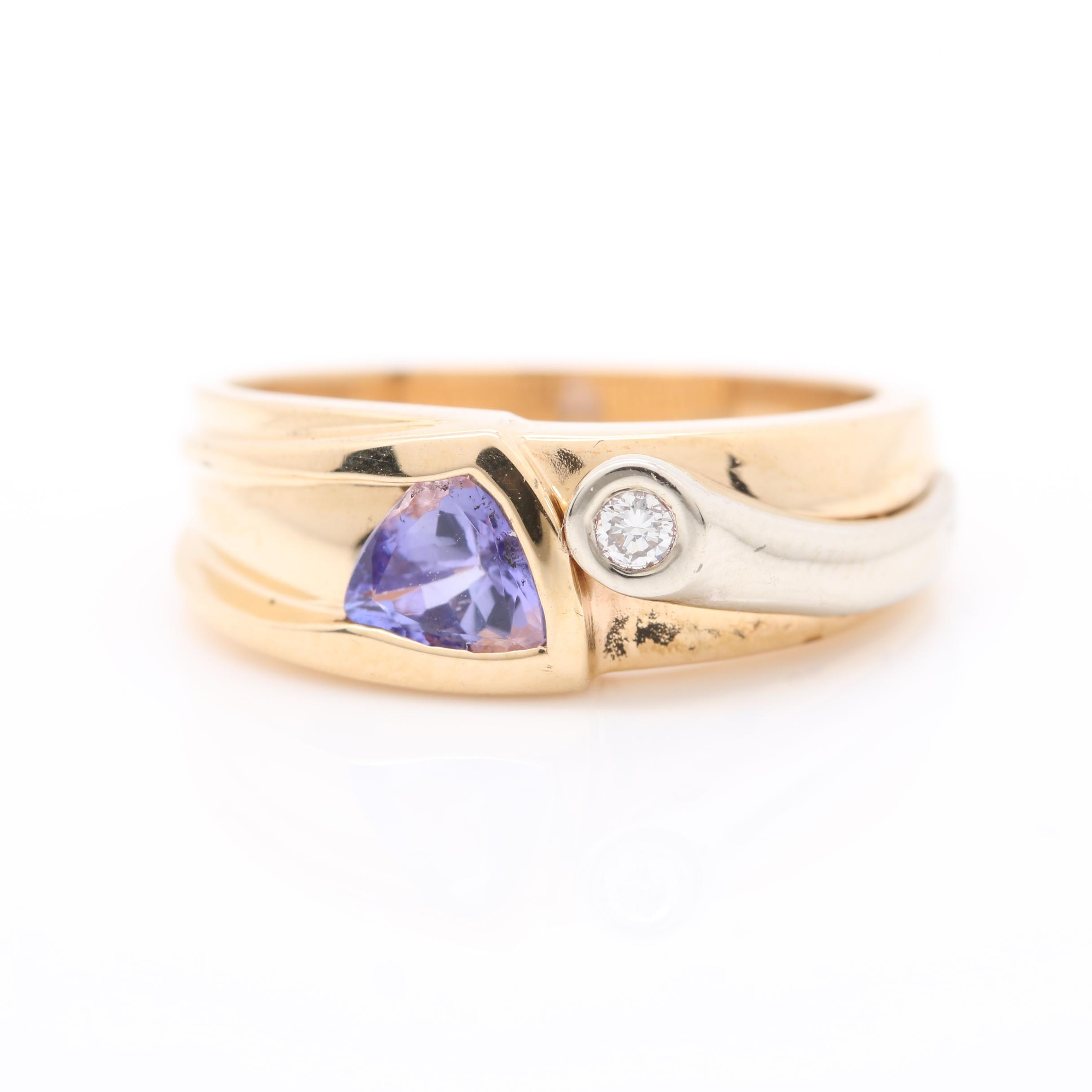14K Yellow Gold Tanzanite and Diamond Ring with 14K White Gold Accents