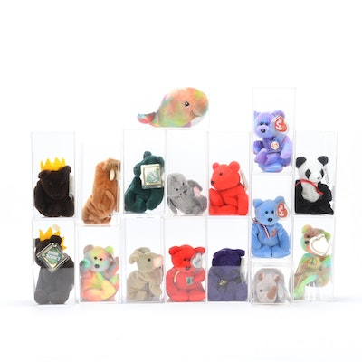 Ty Beanie and Salvino Bamm Beano Collections in Protective Lucite Cases 32679d2e952f