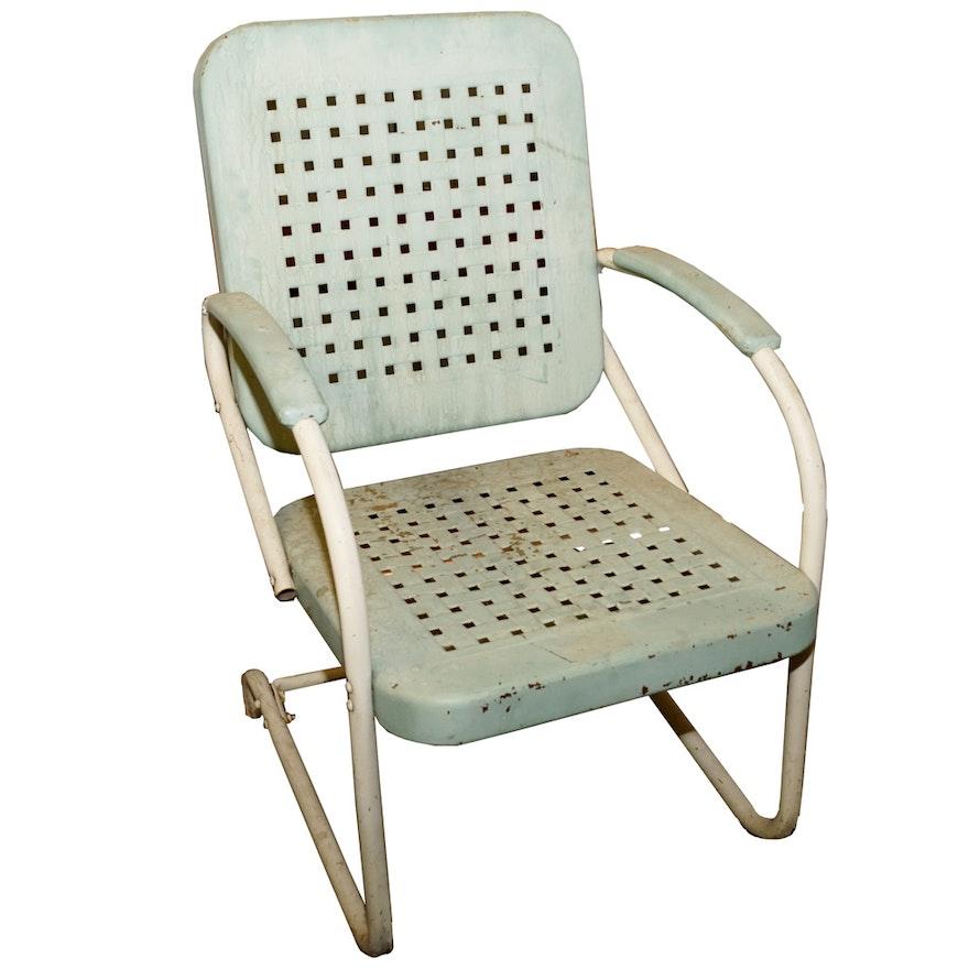 Vintage Metal Lawn Chairs >> Vintage Metal Lawn Chair Ebth