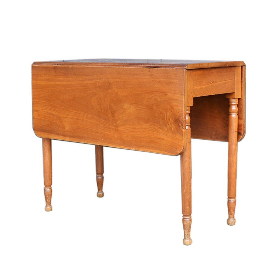 Antique Sheraton Style Cherry Drop Leaf Table