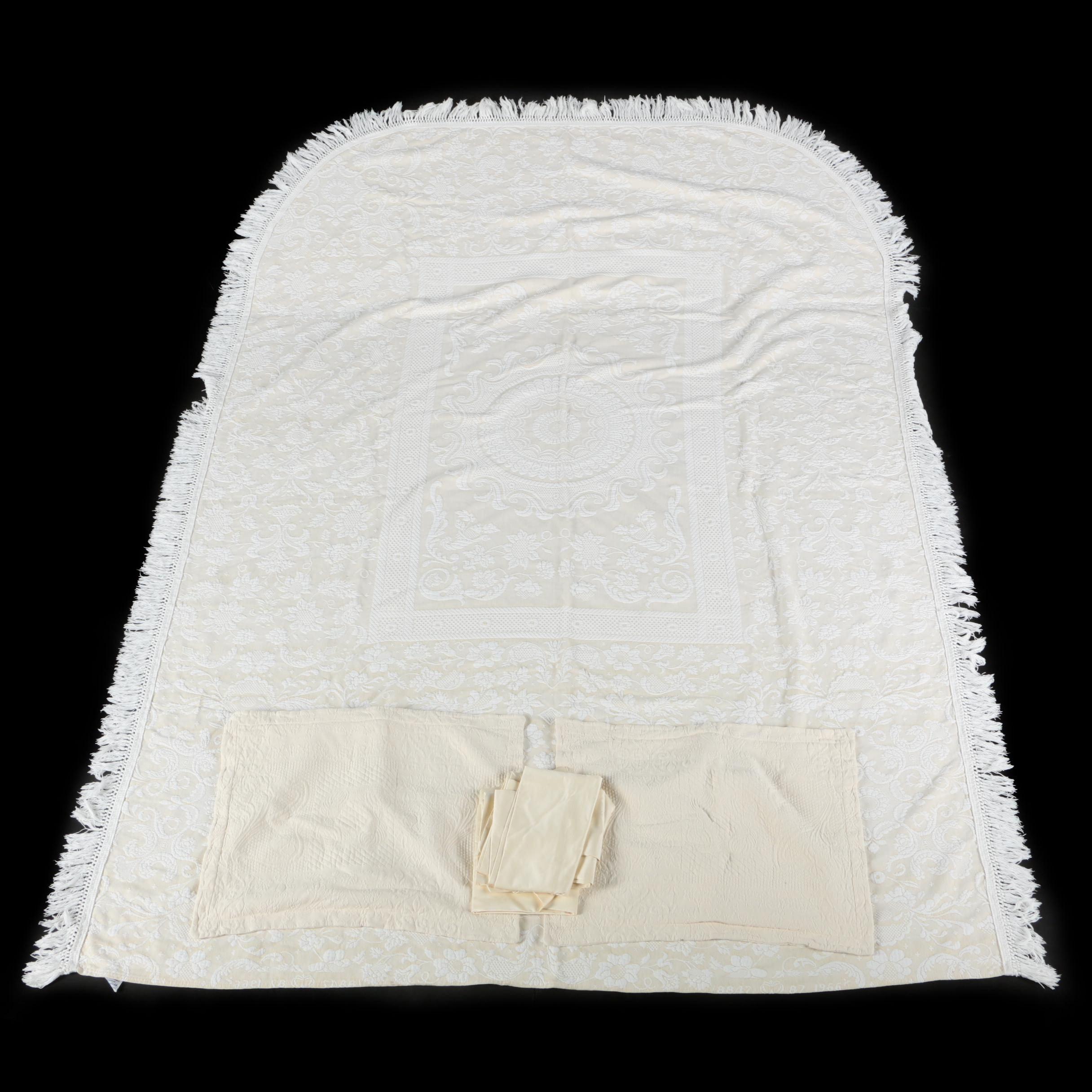 "Vintage Bates ""Queen Elizabeth"" Bedspread, Pillow Shams, and Pillow Cases"